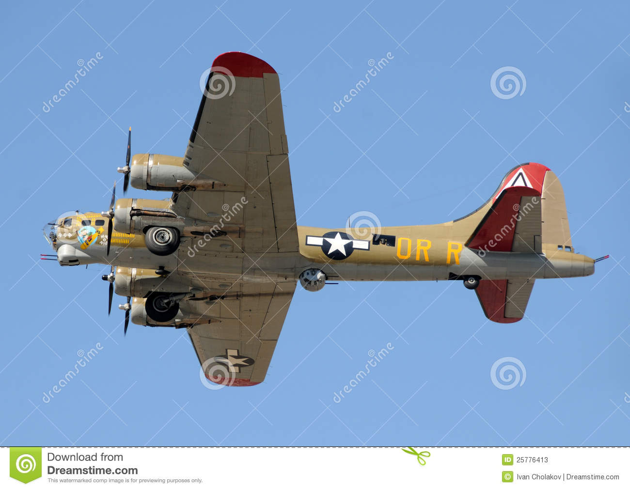 Download Flying Fortress Bomber In Flight Editorial Stock Photo - Image of vintage, bomber: 25776413