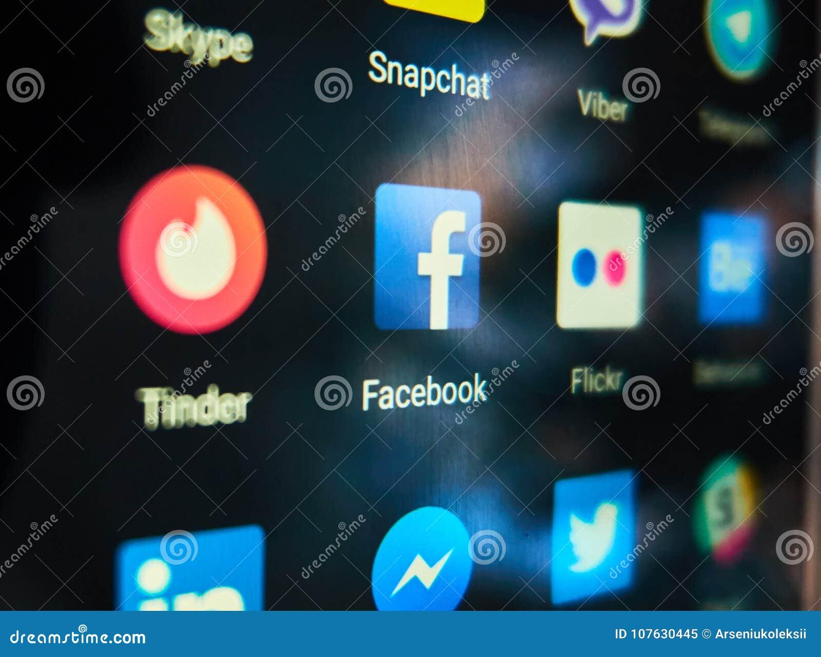 Fnöske och Facebook är tendera apps