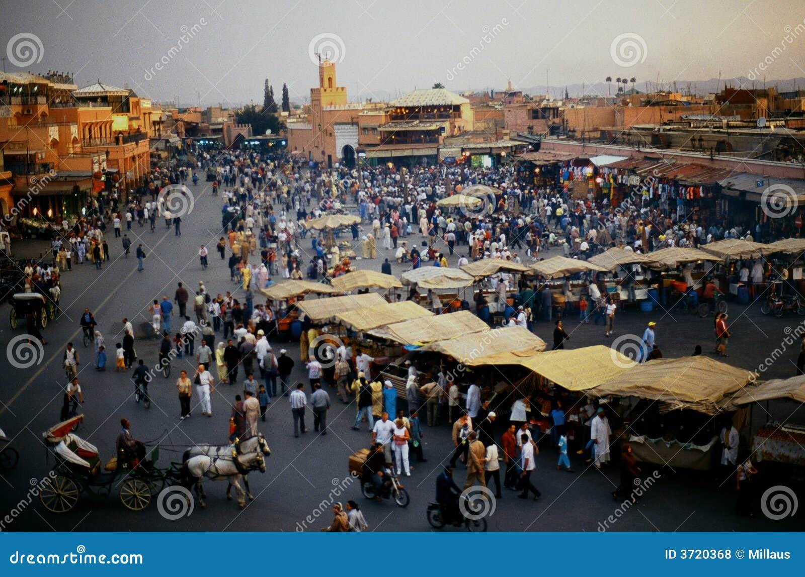 Fnaa di EL di Djem della plaza a Marrakesh
