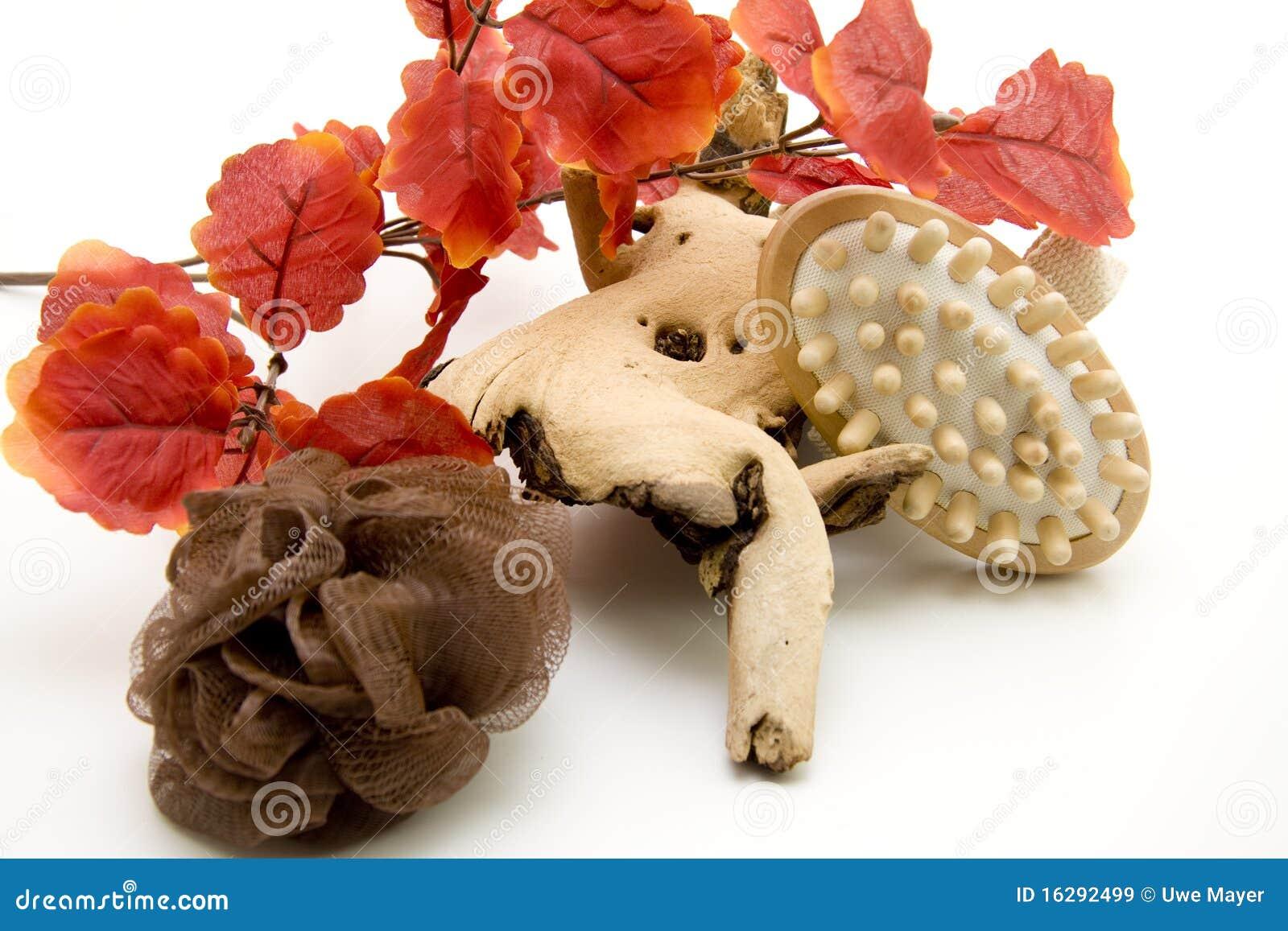 Fogli di colore rosso e spazzola di massaggio immagine - Caduta fogli di colore stampabili ...
