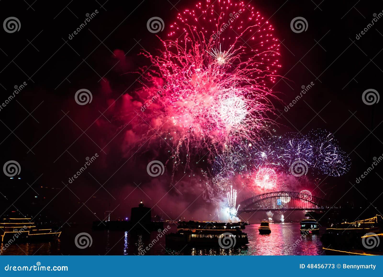 Fogos-de-artifício da véspera 2015 de Sydney New Year