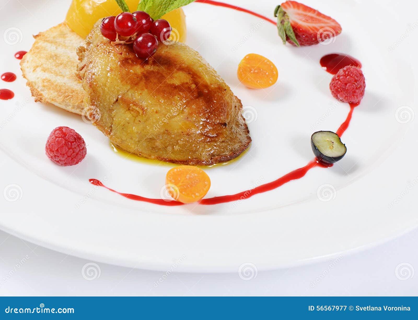 Download Foie Gras με τη φρυγανιά και το βερίκοκο Στοκ Εικόνα - εικόνα από ανασκόπησης, χήνα: 56567977