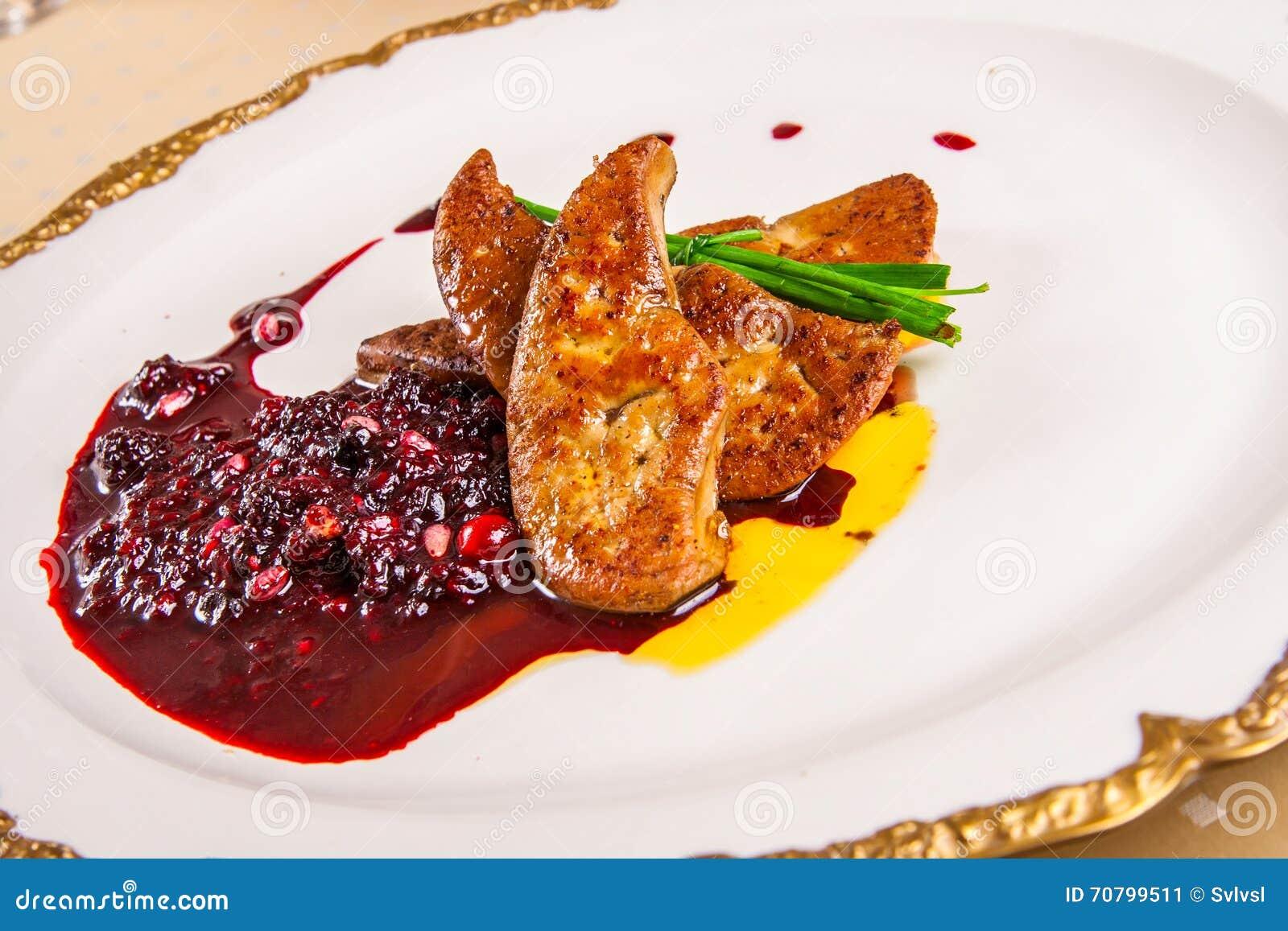 Foie gras med bär