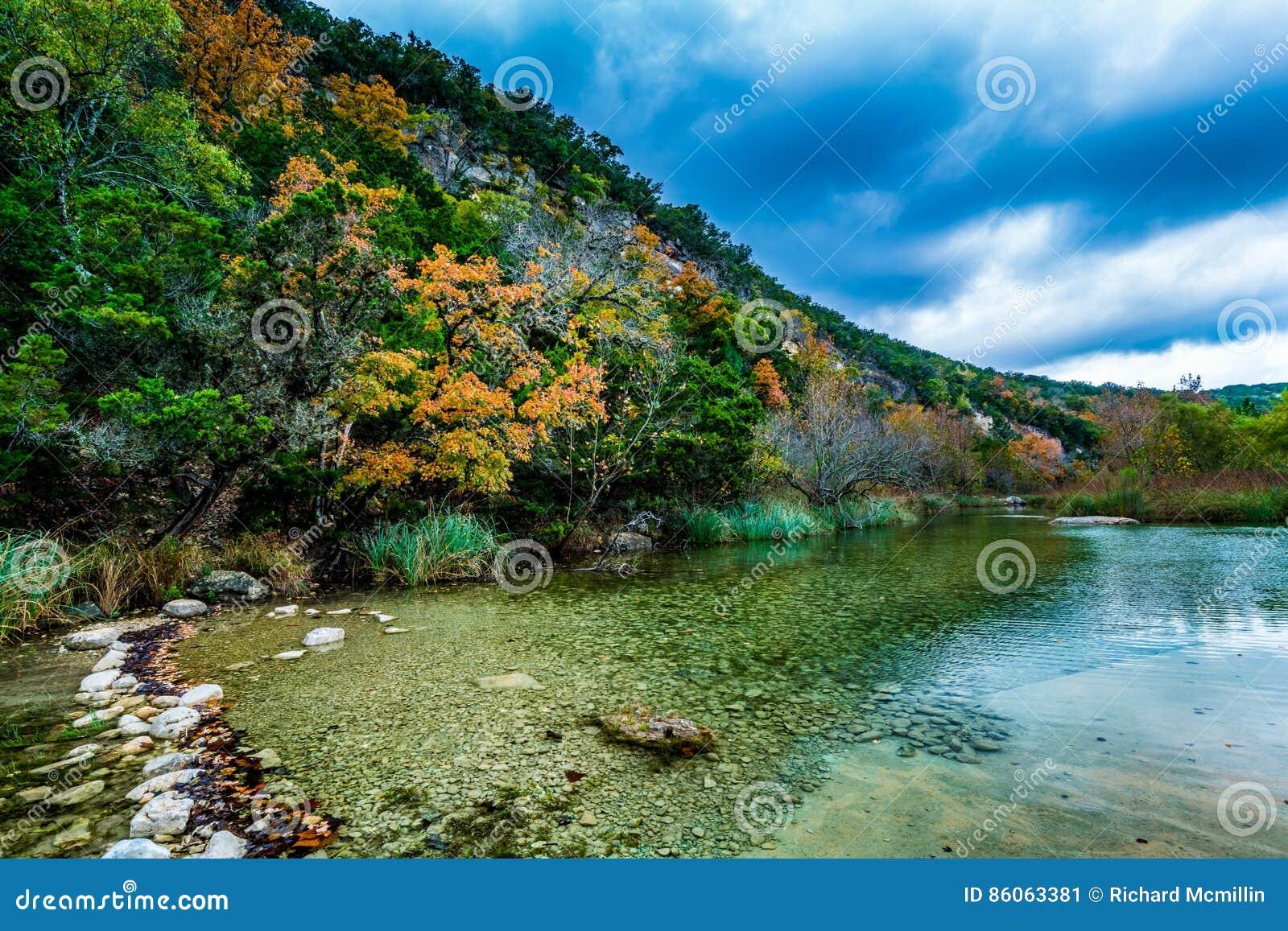 Folhagem de outono em parque estadual perdido dos bordos em Texas