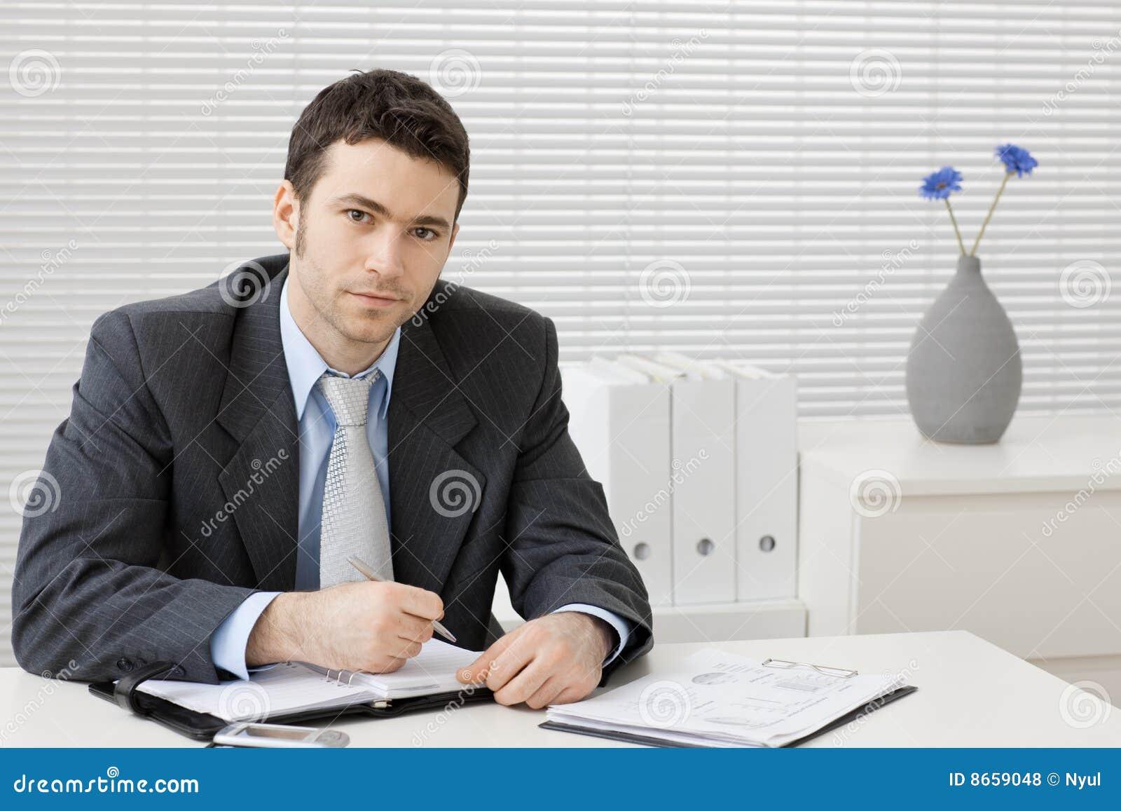 Fonctionnement de bureau d homme d affaires