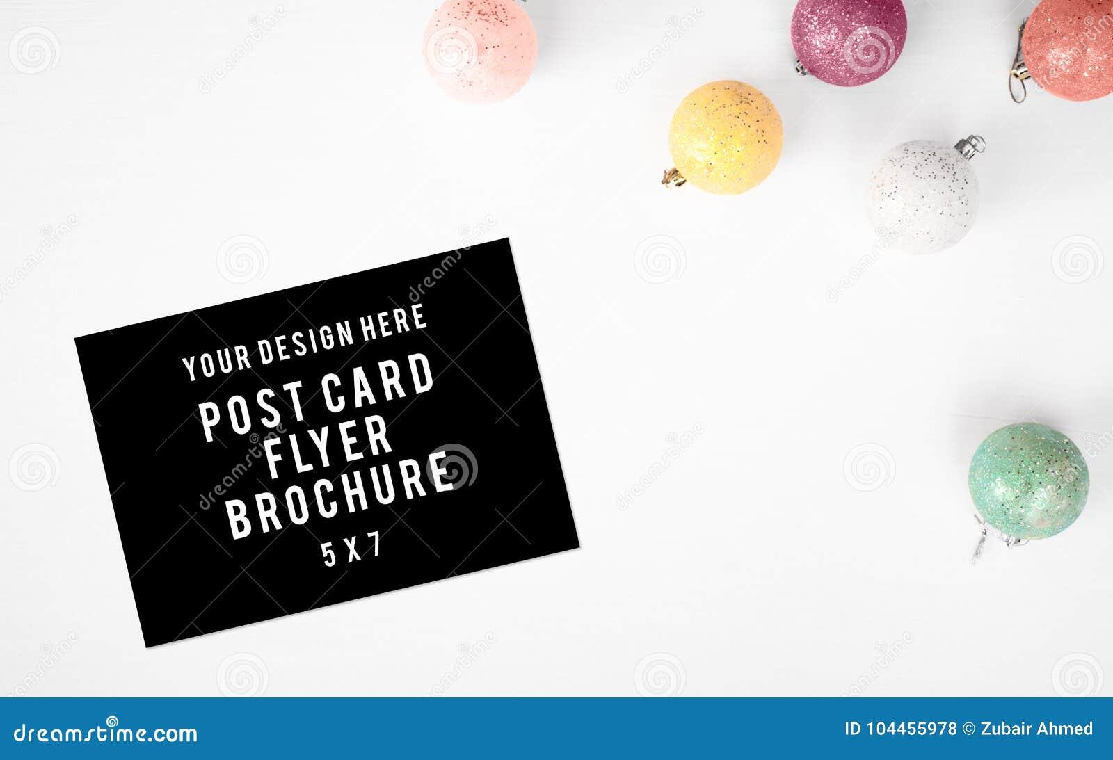 Fond de composition en Noël d insecte de carte postale de journal intime wallpaper, les cônes de pin, boules de décoration, sur l