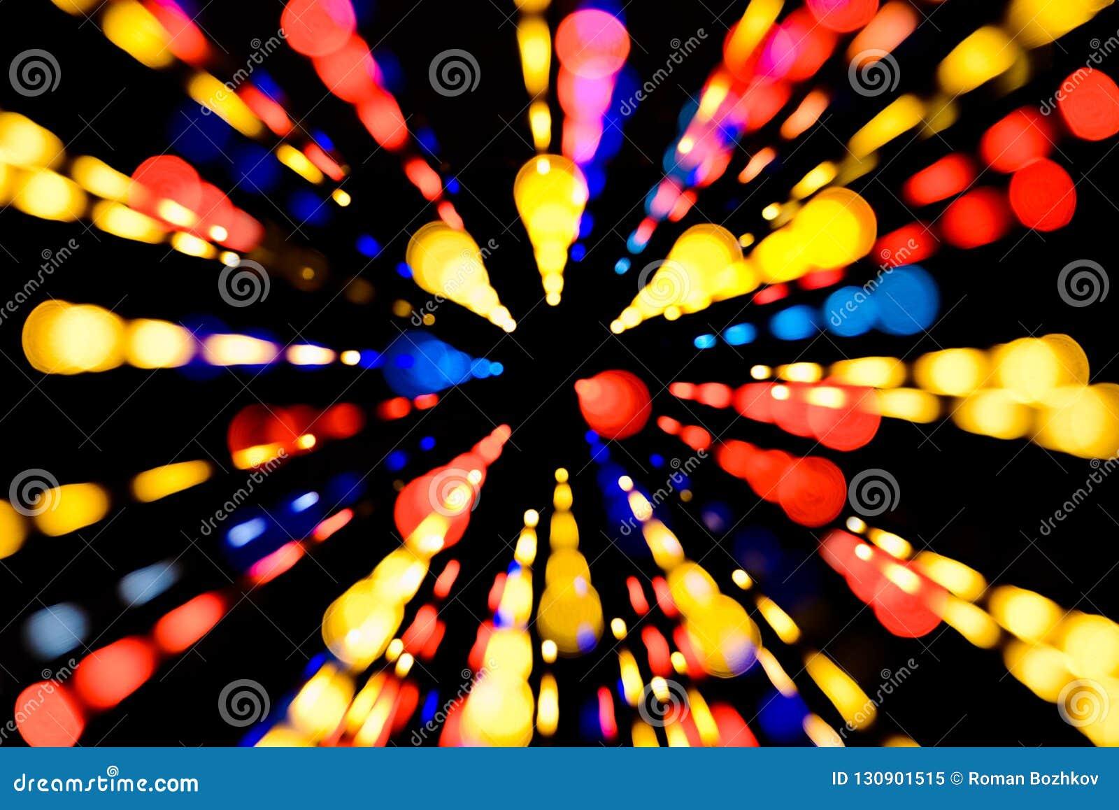 Fond de fête abstrait avec les lumières defocused de bokeh réaliste de photo L atmosphère de Noël brillant dans l espace