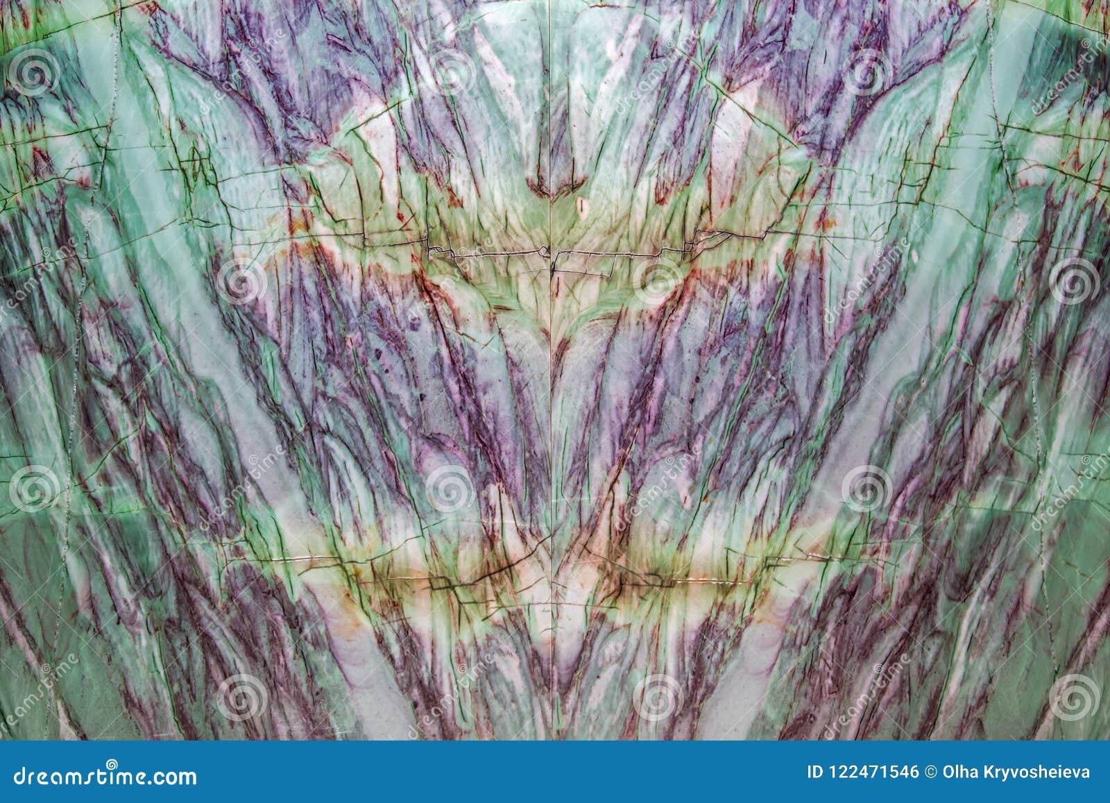Fond de haute résolution de marbre vert naturel de texture Un mur de marbre énorme avec les filets colorés