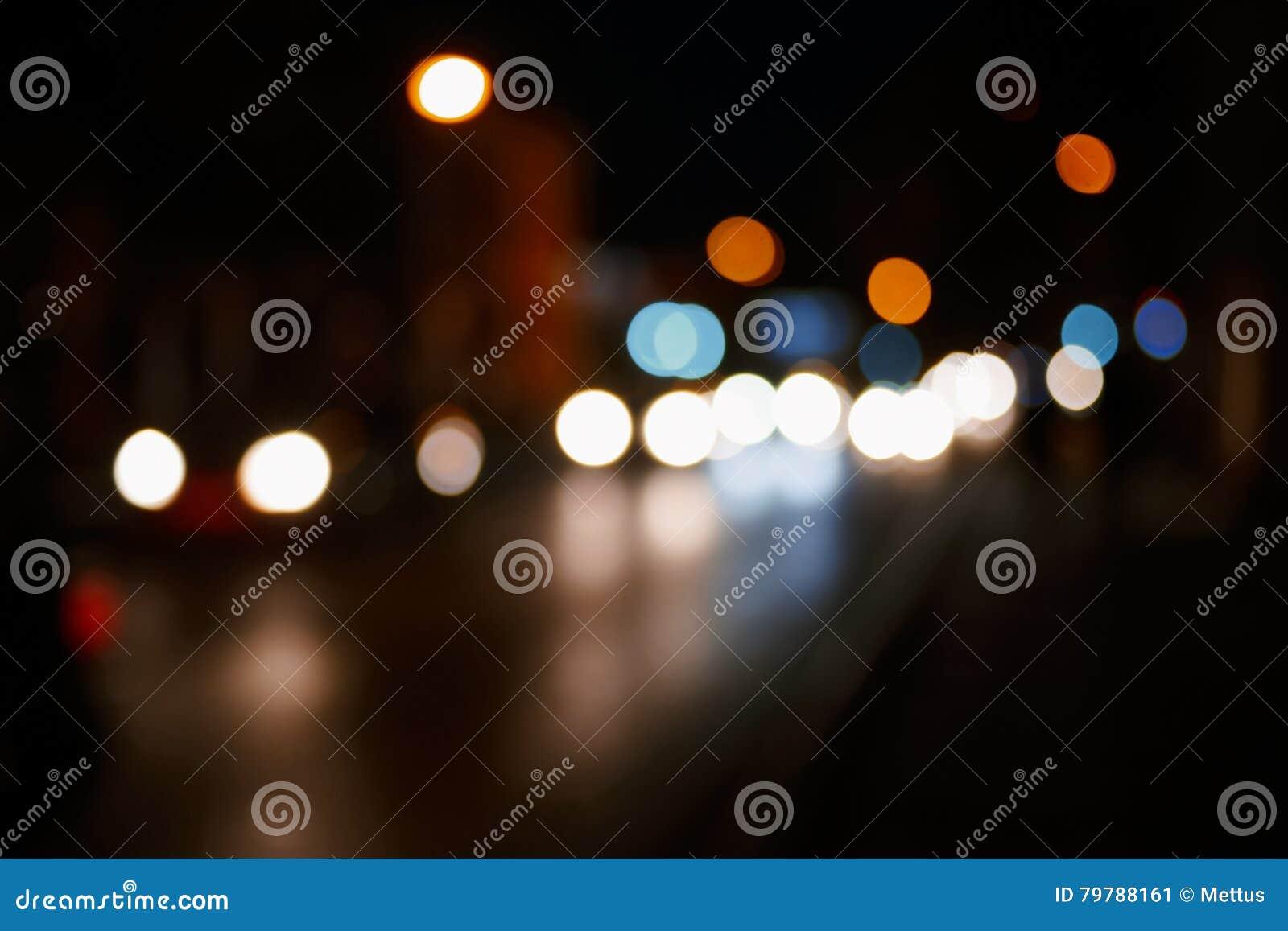 Fond de nuit de ville Lumières Defocused de voiture dans une scène trouble de voyage de route d abrégé sur rue beaucoup d endroit