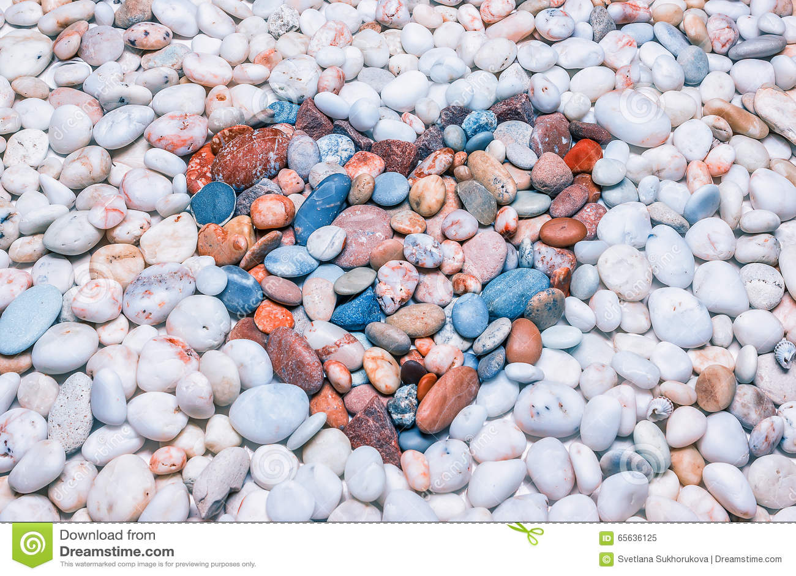 Fond des cailloux dans une forme de coeur