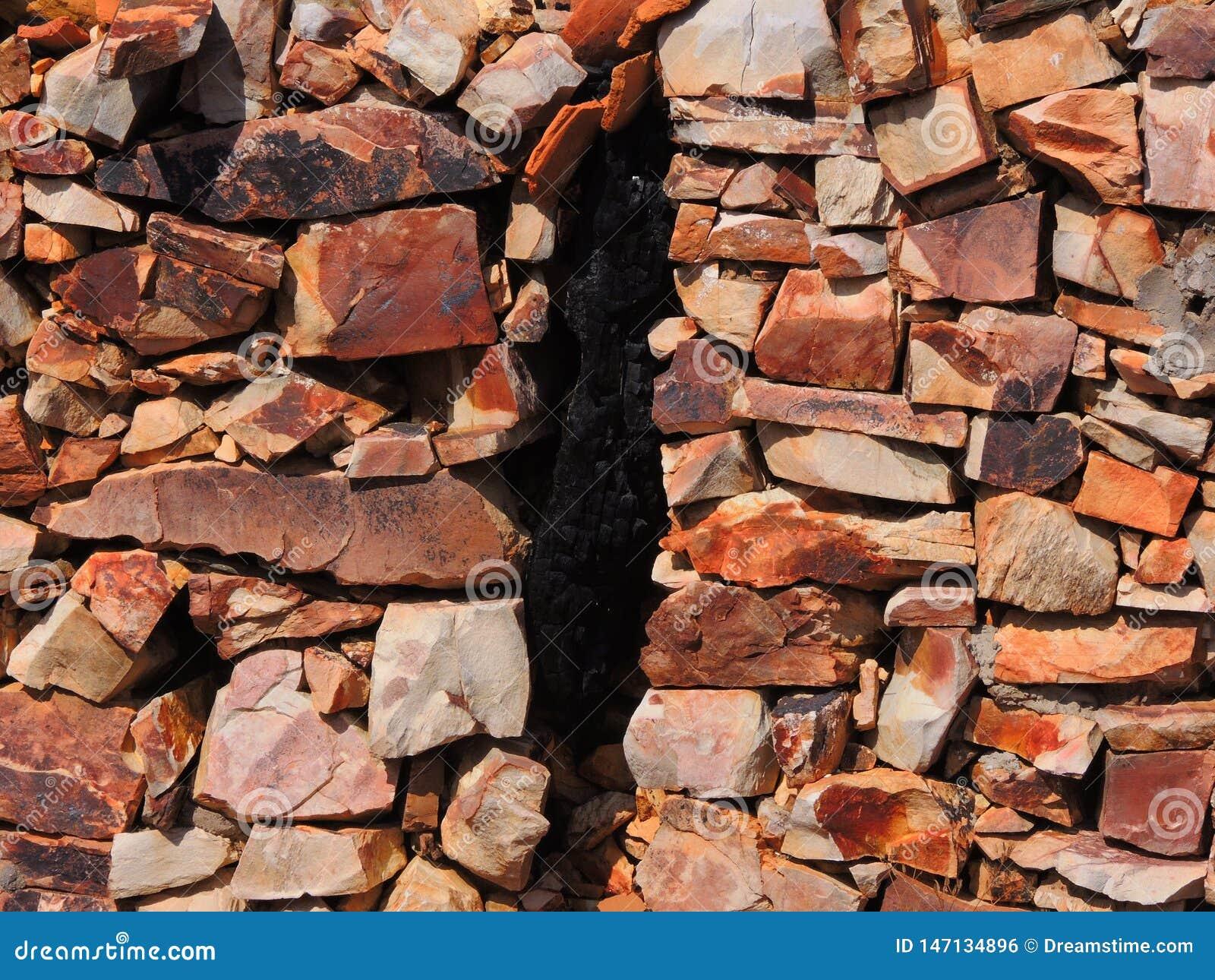 Fond des pierres et d une fente