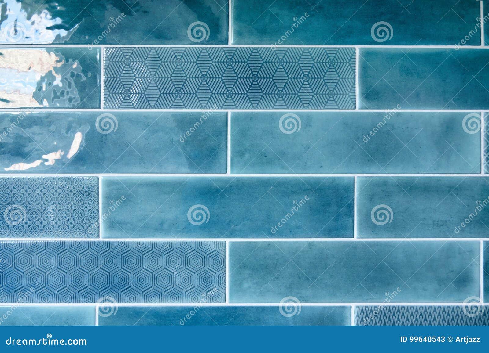 Fondo blu con le piastrelle di ceramica immagine stock immagine di