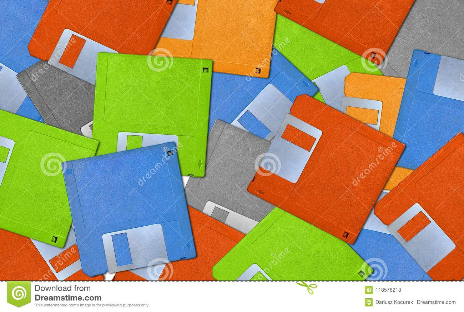 Fondo colorido con las diskettes viejas - disquete