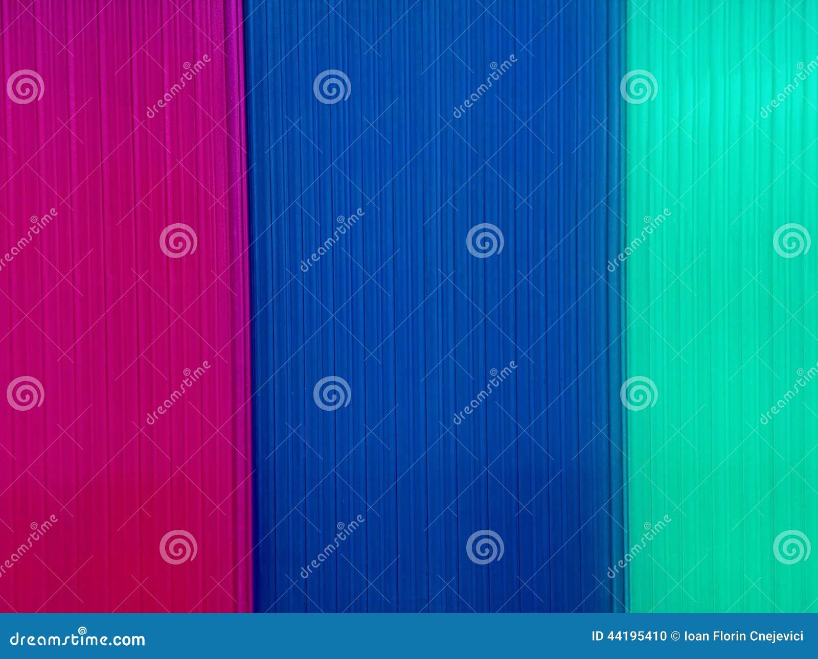 Fondo con las placas multicoloras del policarbonato foto - Placa policarbonato precio ...
