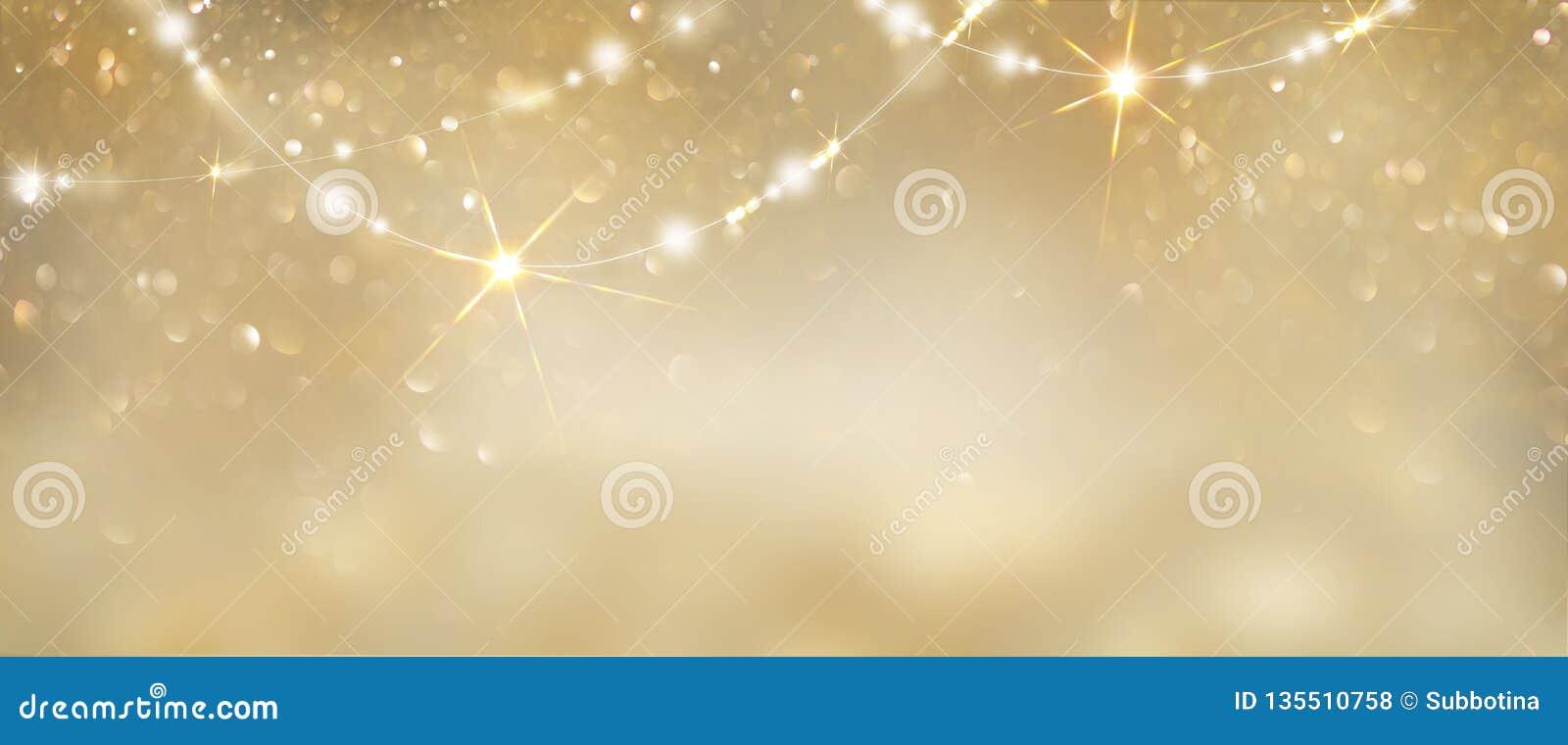 Fondo d ardore dorato di Natale Contesto defocused di scintillio dell estratto di festa con i catrami e le ghirlande di lampeggia