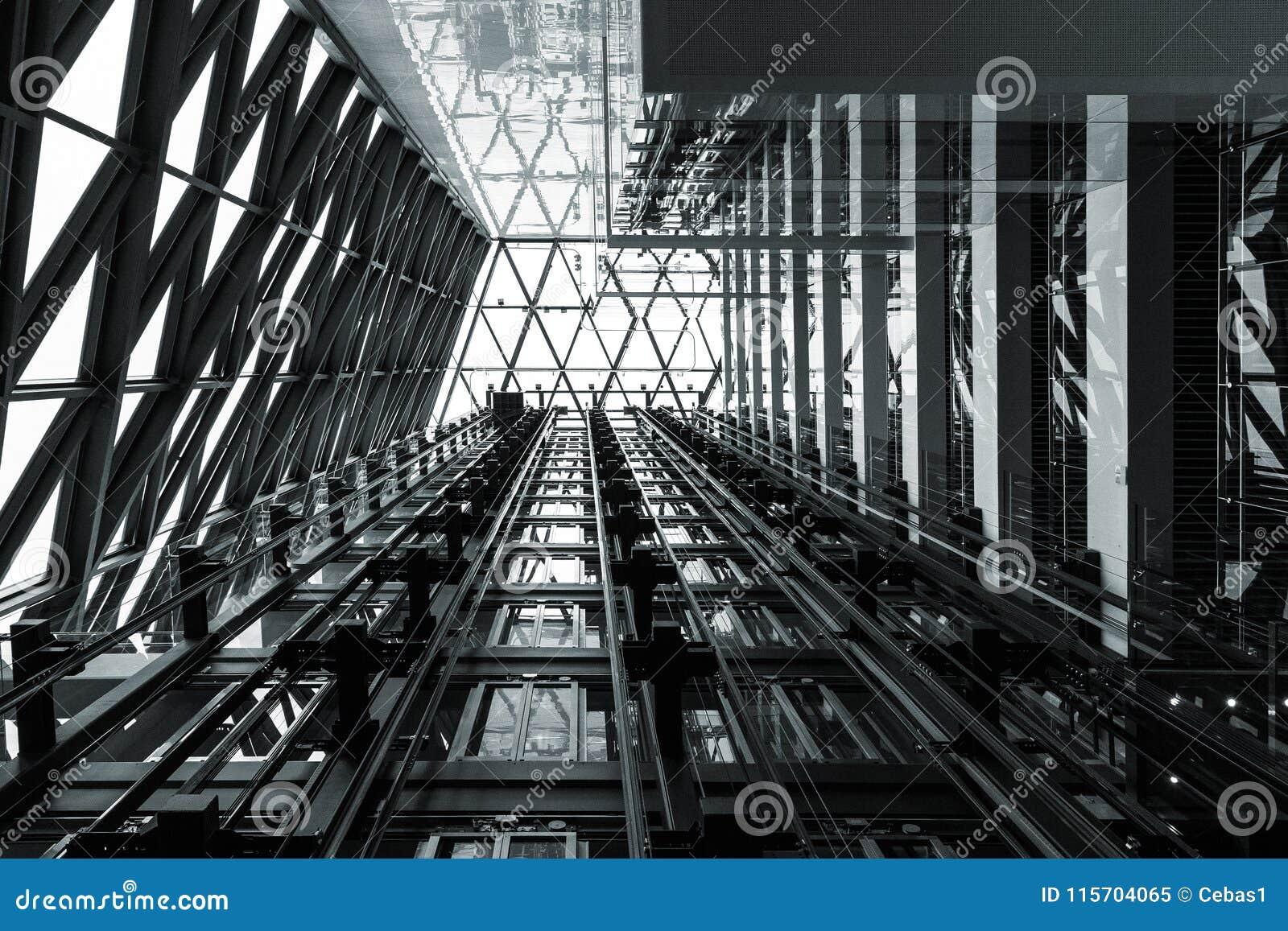 Fondo de acero abstracto blanco y negro de la construcción