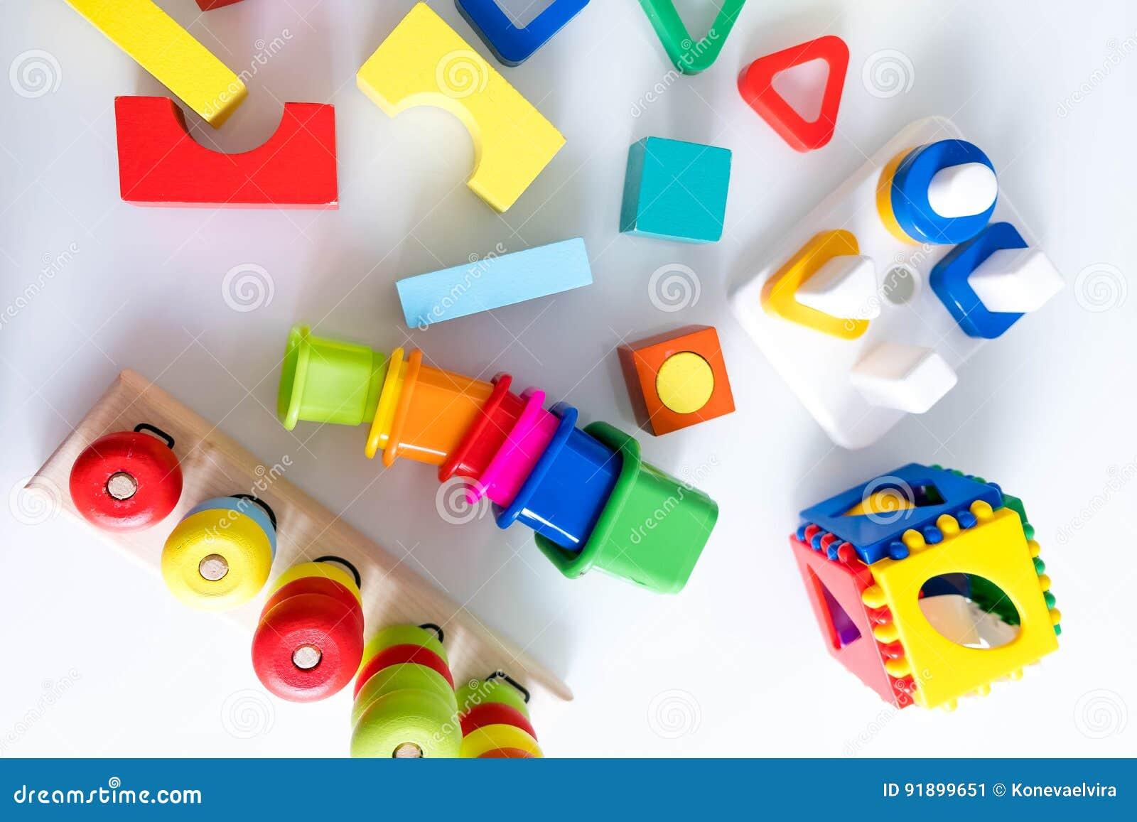 Juguetes Fondo Los Con De Niños Madera Números Y Cubos CBoedx