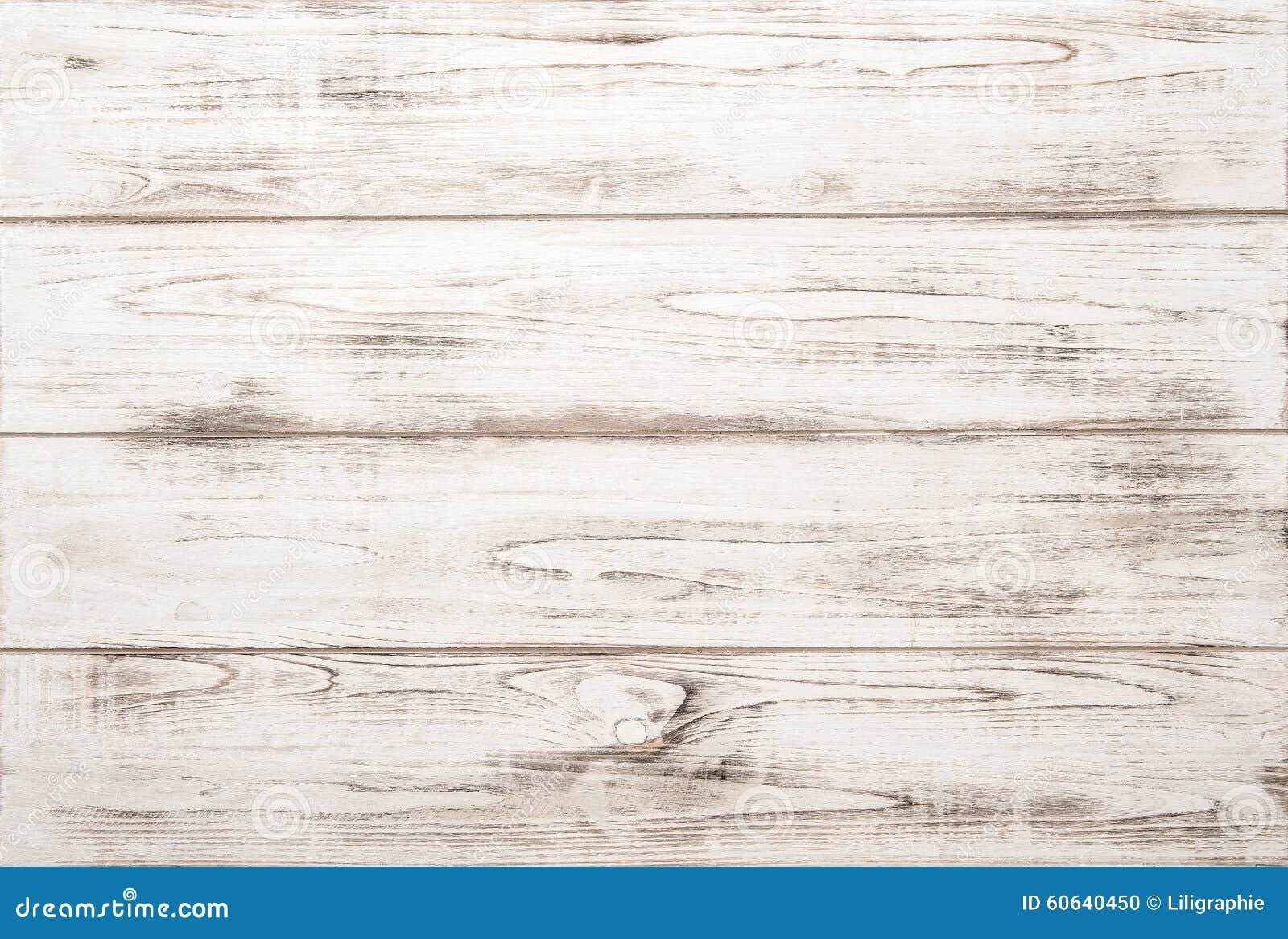 Fondo de madera blanco de la textura con los modelos naturales