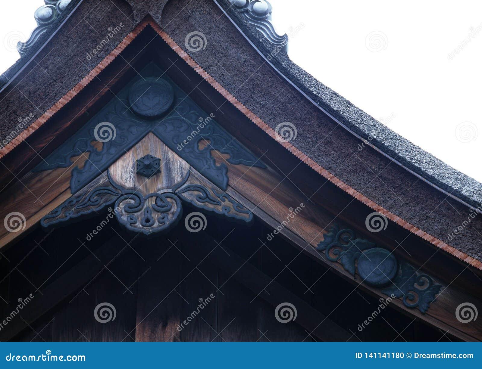 Fondo de madera de la decoración del viejo de la capilla de la entrada negro japonés del tejado