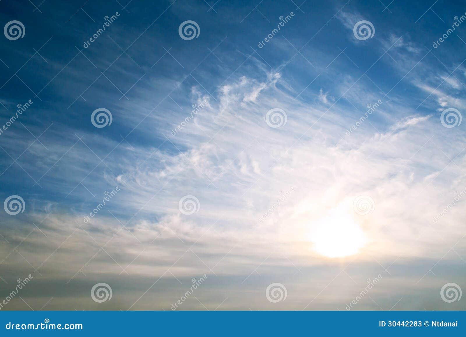 Fondo del cielo su alba
