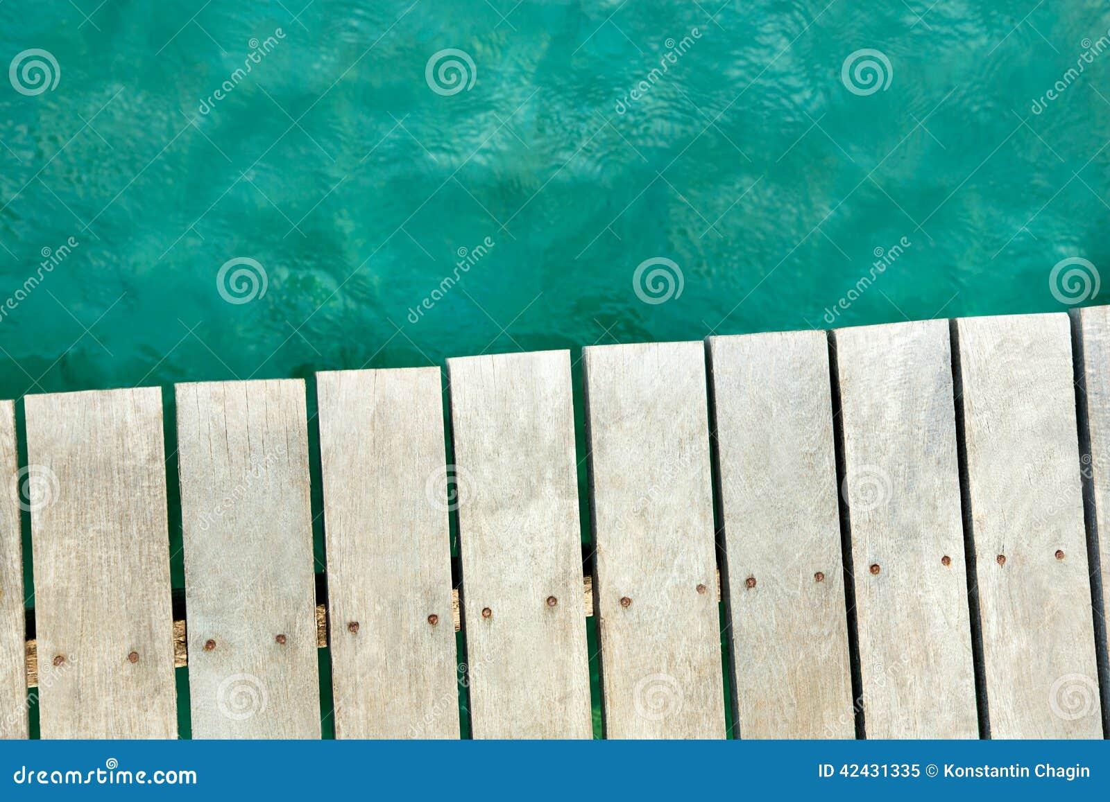 Fondo del mar y del muelle