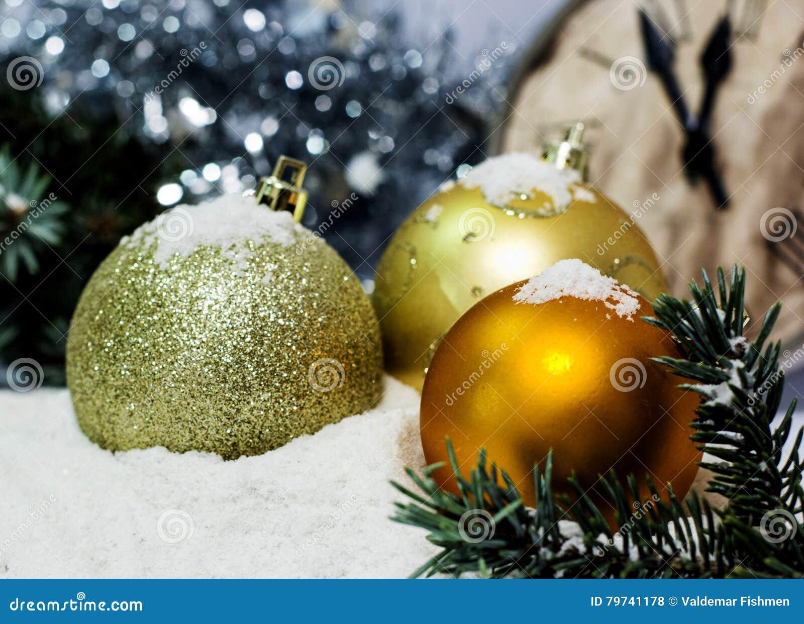 Fondo del ` s de la Navidad del oro de la tarjeta de felicitación y del Año Nuevo