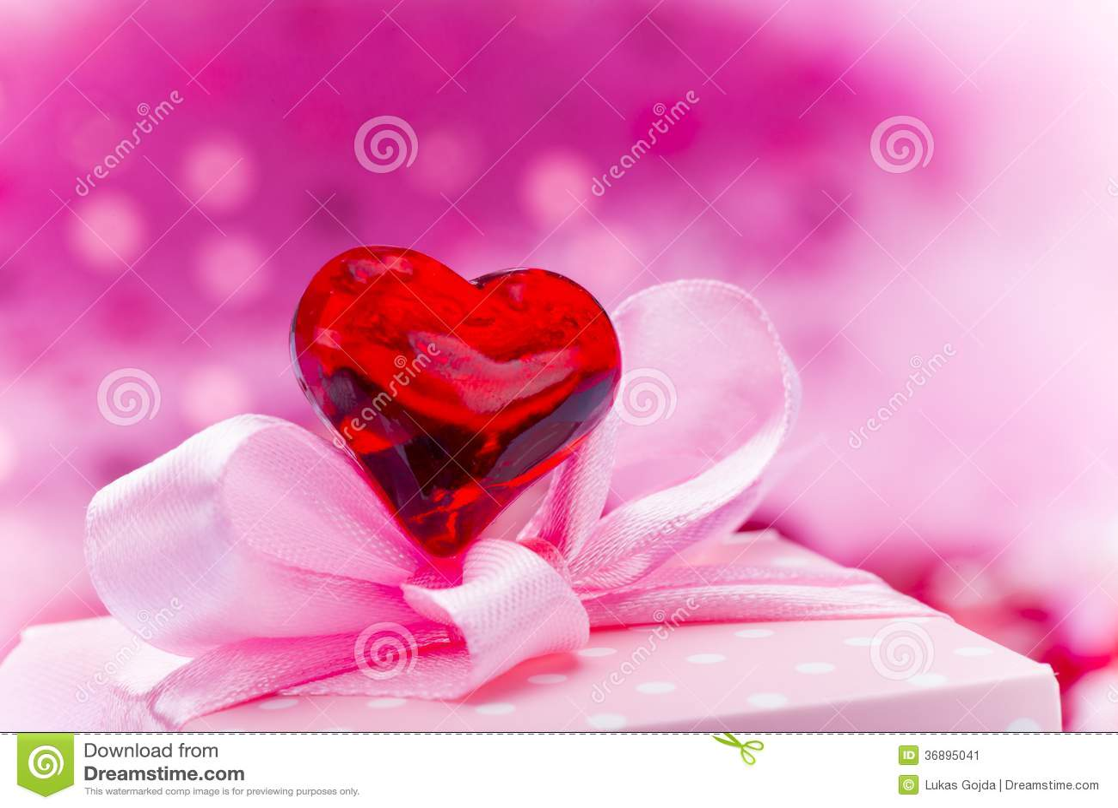 Download Fondo Di Giorno Di Valentin Immagine Stock - Immagine di disegno, celebri: 36895041