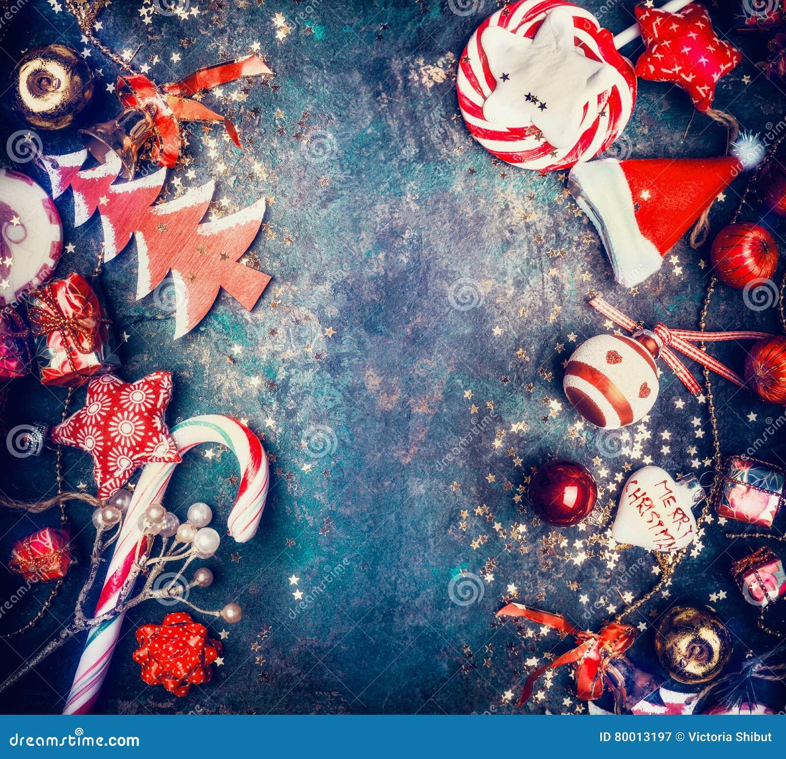 Decorazioni Natalizie X Dolci.Fondo Di Natale Con I Dolci E Le Decorazioni Rosse Di Festa