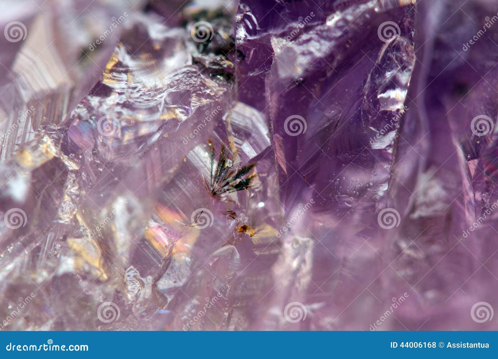 Fondo fantastico, magia di una pietra Porpora di cristallo