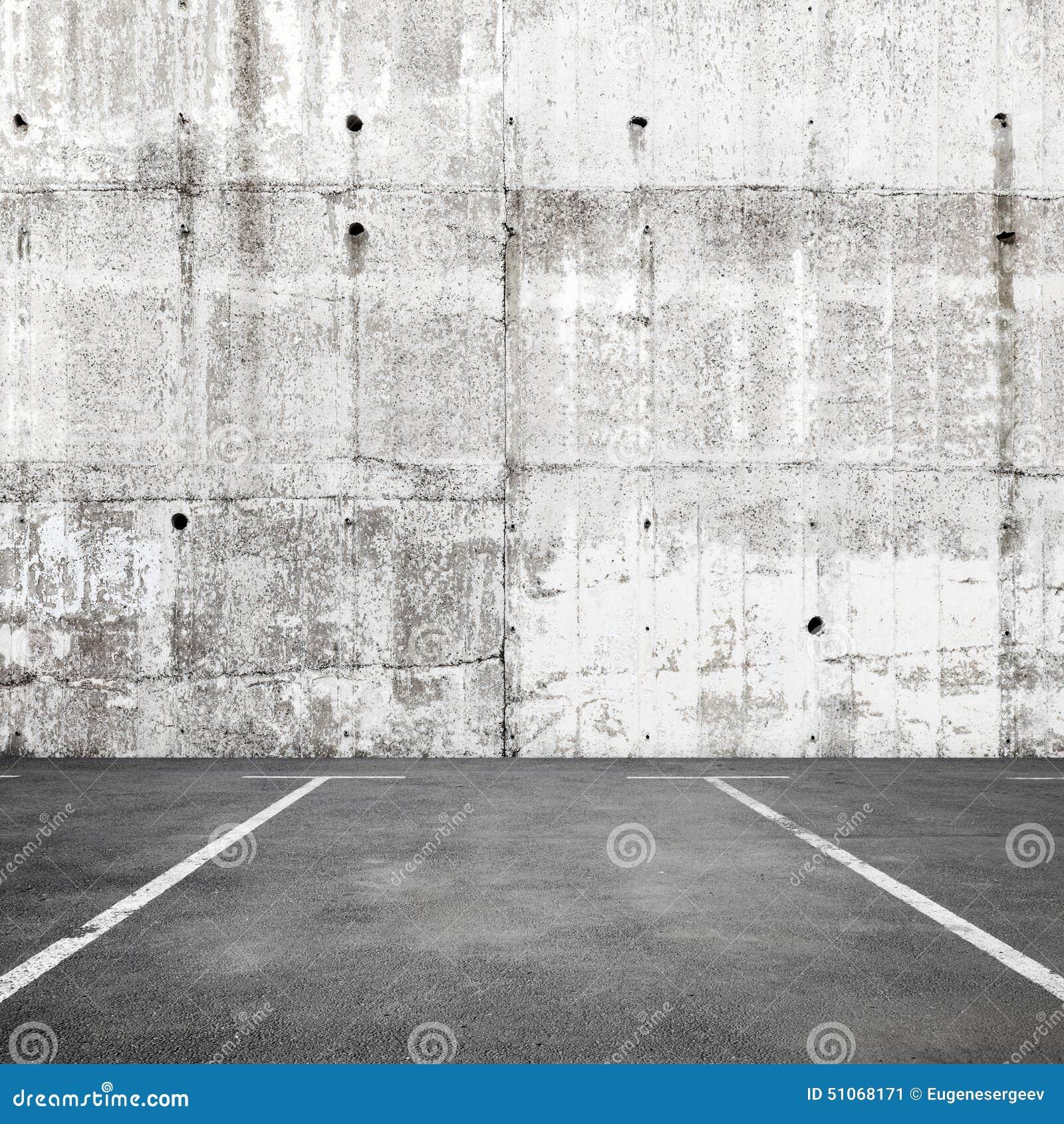 Fondo interno di parcheggio vuoto astratto con segnaletica stradale