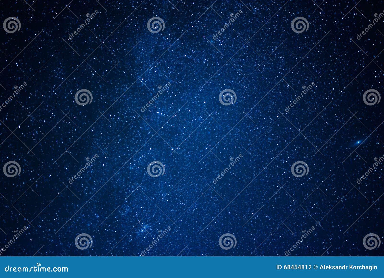 Cielo azul oscuro related keywords suggestions cielo for Fondo azul oscuro