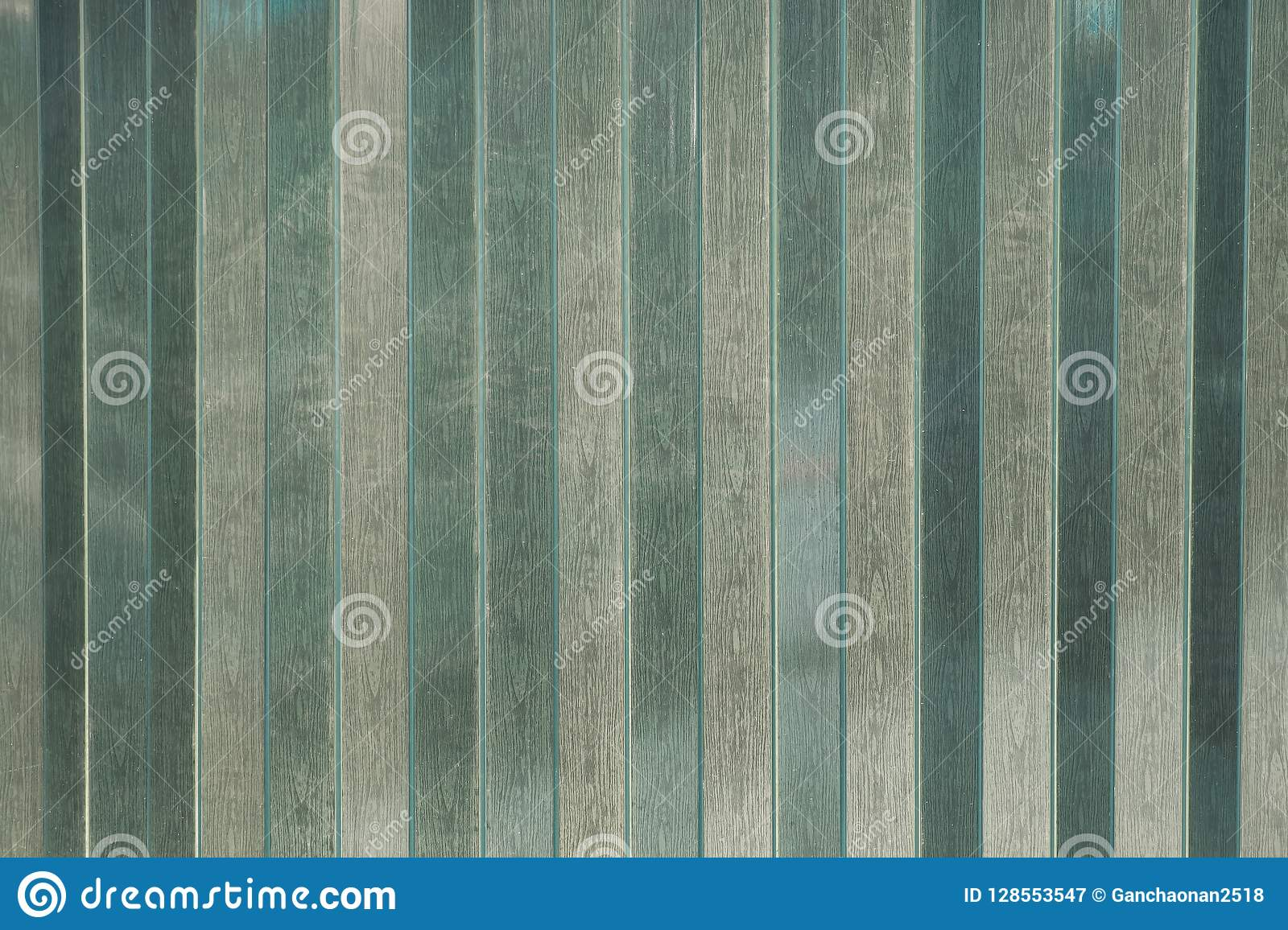 Fondo porte a lamelle o immagine di sfondo della tenda o della plastica della striscia del PVC del primo piano che stanno bloccan
