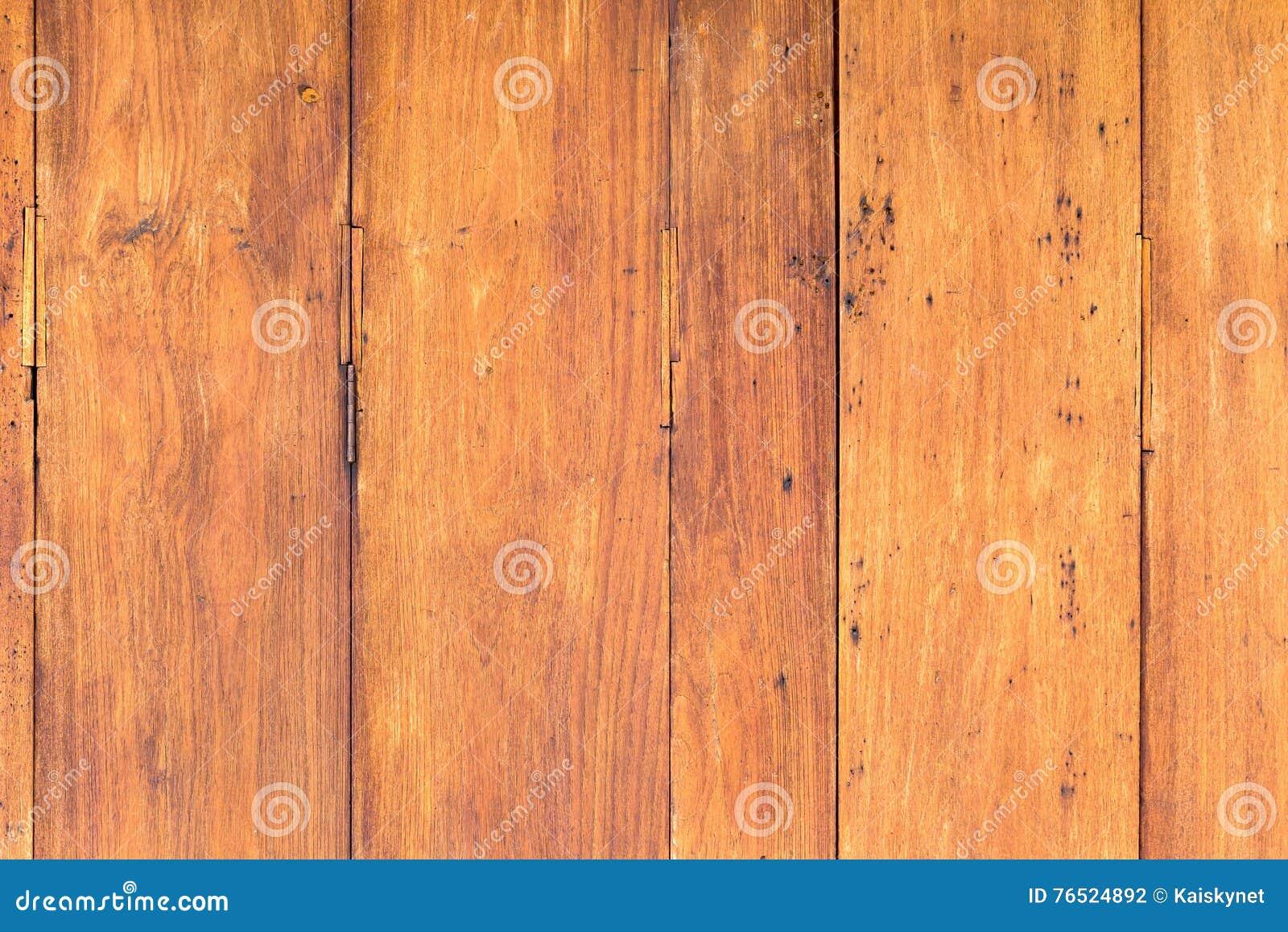 Fondo stagionato rustico di legno del granaio