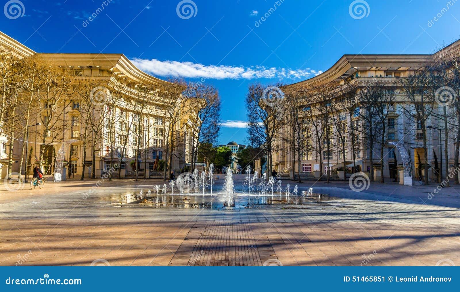 fontaine dans le secteur d antigone de montpellier photo stock image 51465851