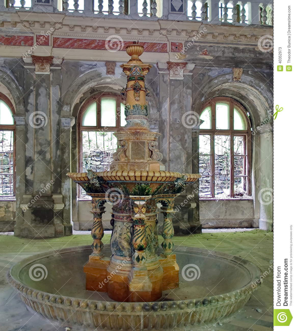 Fontaine du 19 me si cle baile herculane roumanie for Interieur 19eme siecle