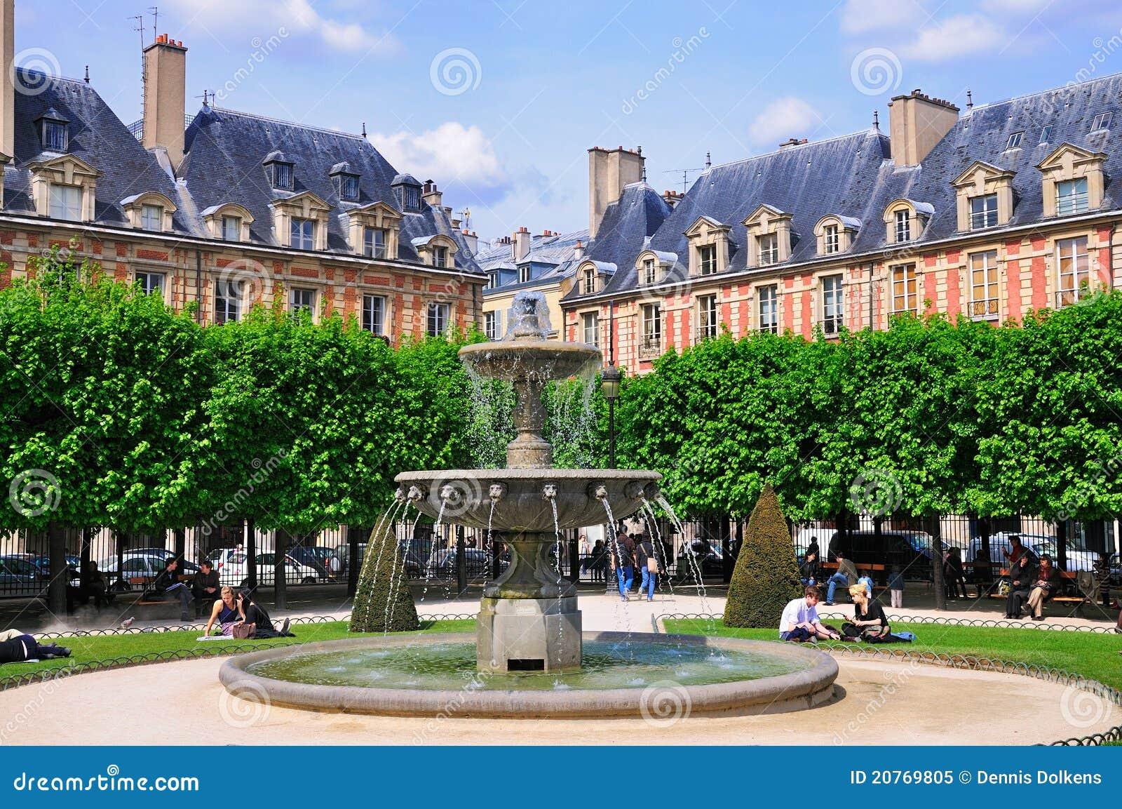 Fontaine sur DES VOSGES, Paris de place