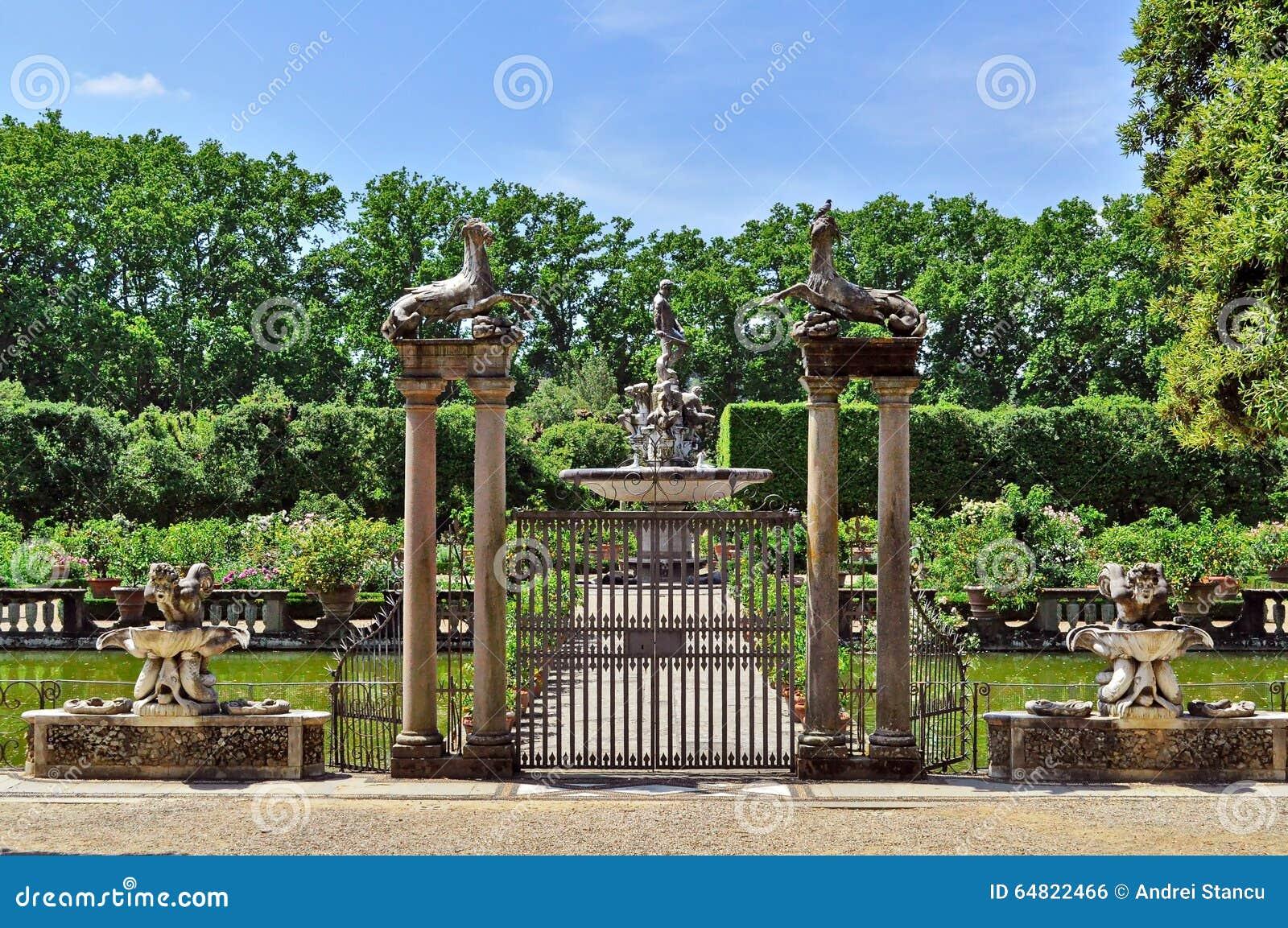 Fontana dei giardini di boboli fotografia stock immagine di estate italiano 64822466 - I giardini di boboli ...