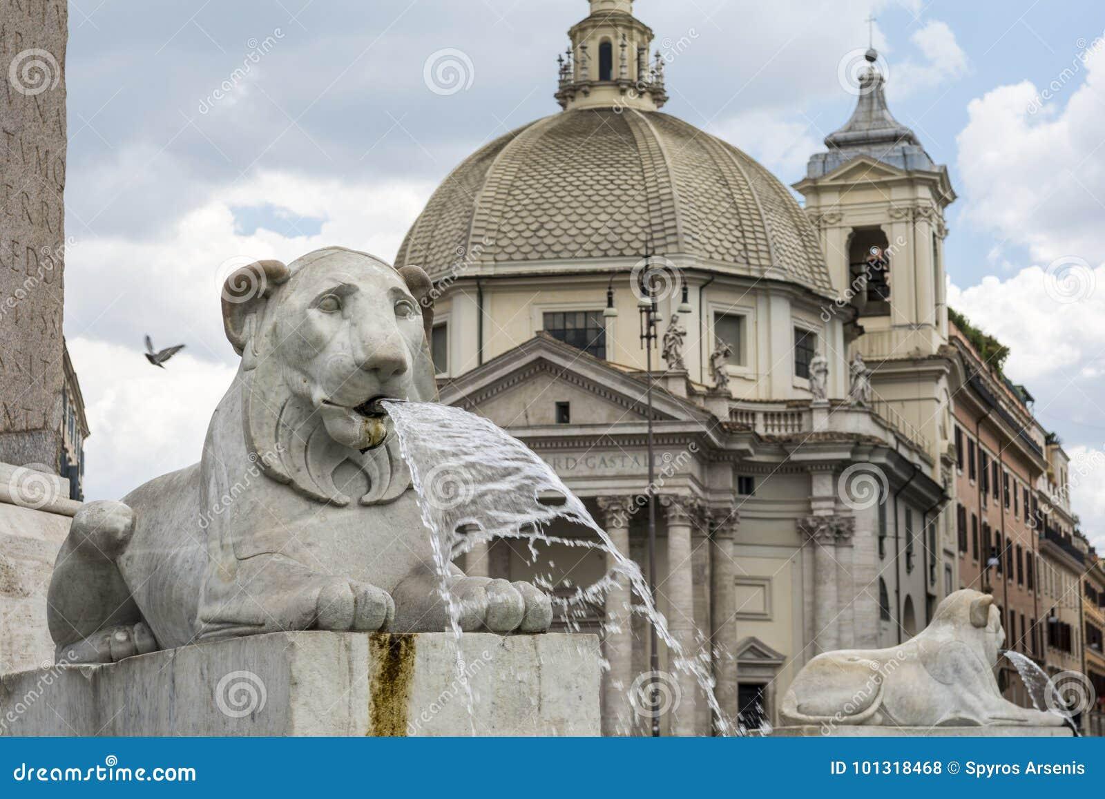 Fontana dei leoni a Piazza del Popolo, Roma