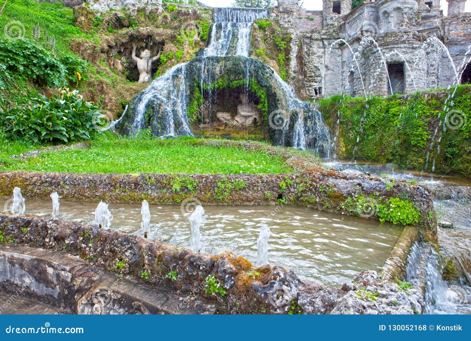 """Fontana di Este16th-century della villa d """"e giardino, Tivoli, Italia Luogo del patrimonio mondiale dell Unesco"""