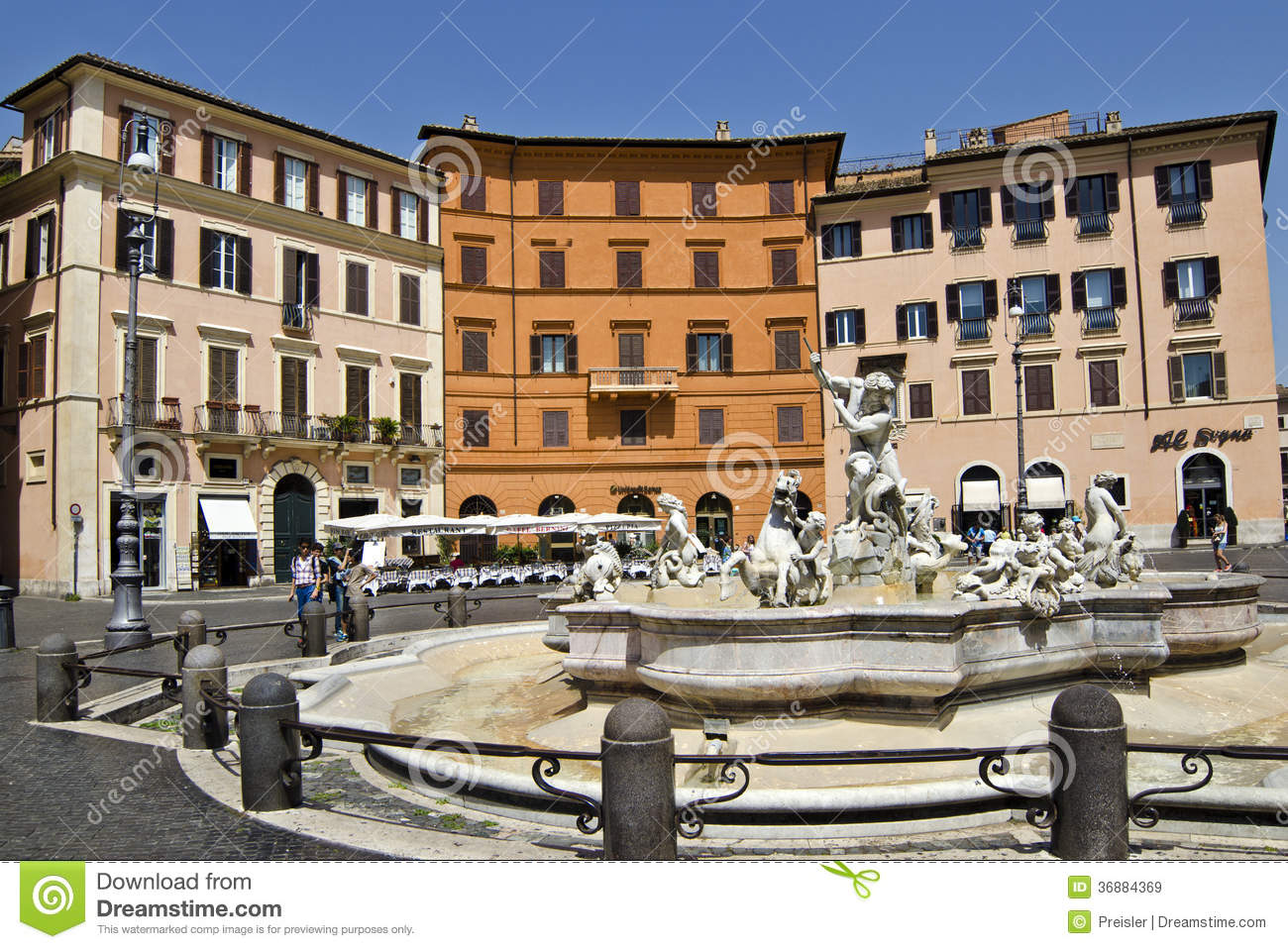 Download Fontana di Nettuno - Roma immagine stock editoriale. Immagine di colori - 36884369