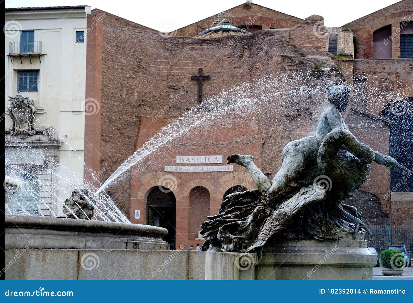 Fontanna najady na piazza della Repubblica w Rzym