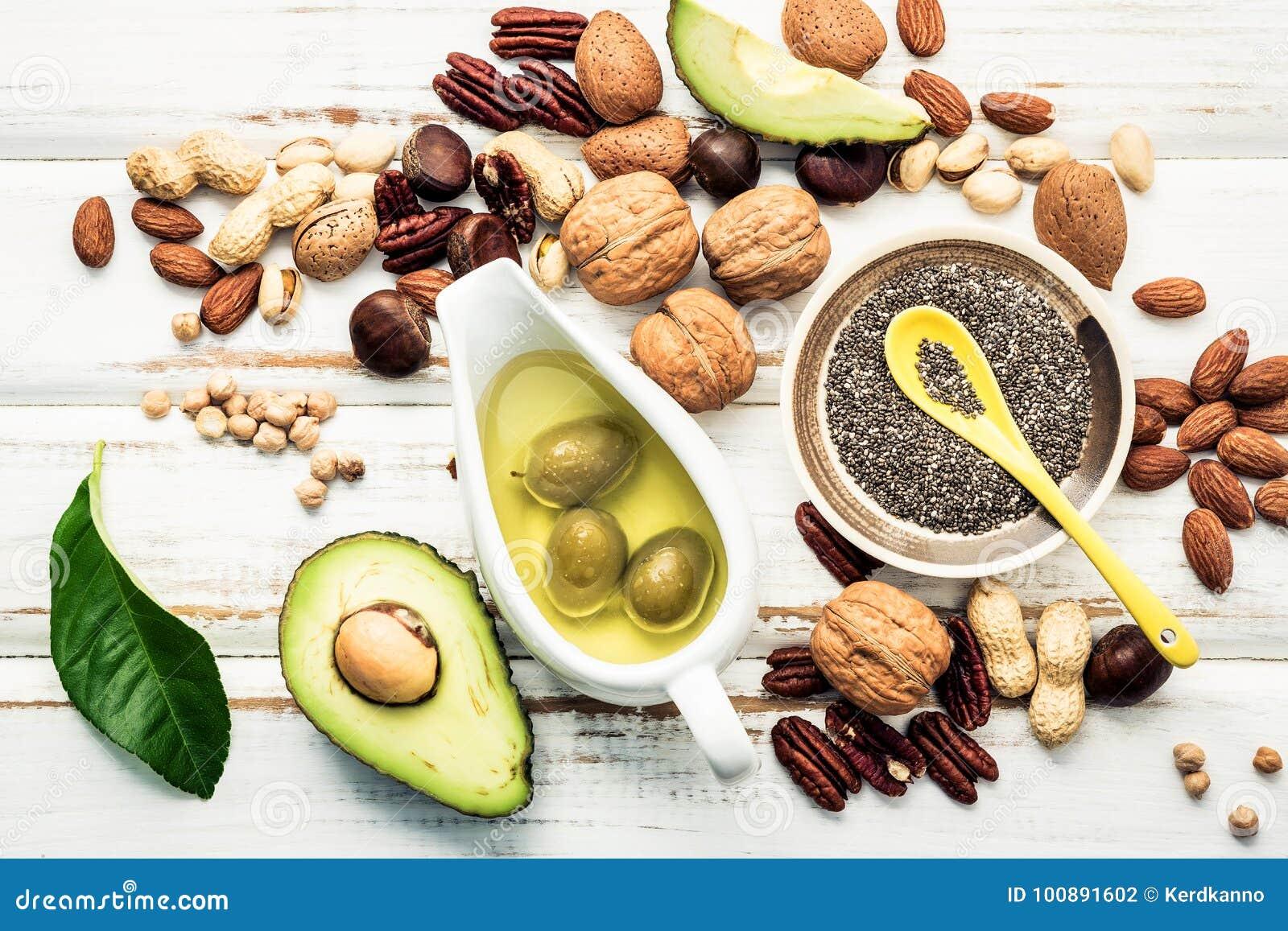 Fontes do alimento da seleção da ômega 3 e de gorduras não saturadas Superfoo