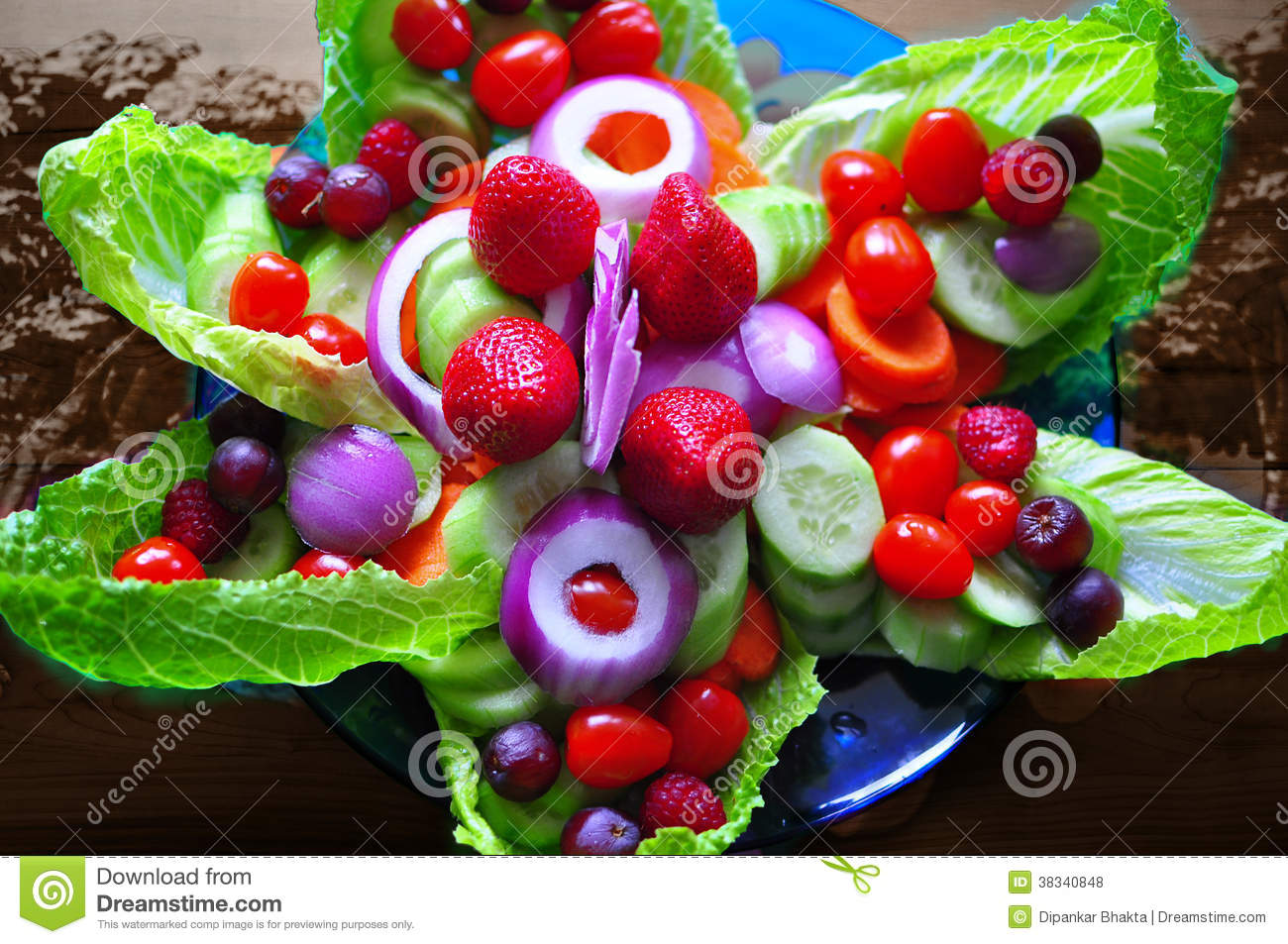 Food art flower pattern with fruits and salad royalty for Art of food decoration