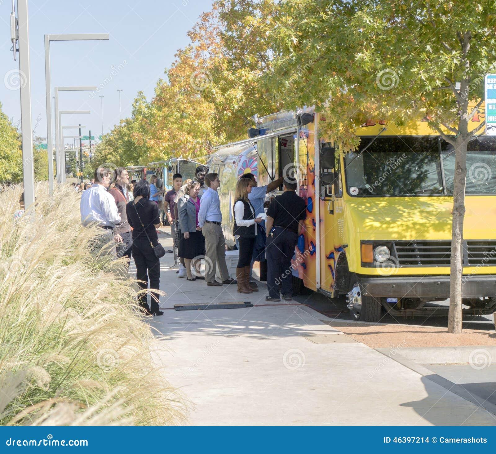 Food Trucks Downtown Dallas
