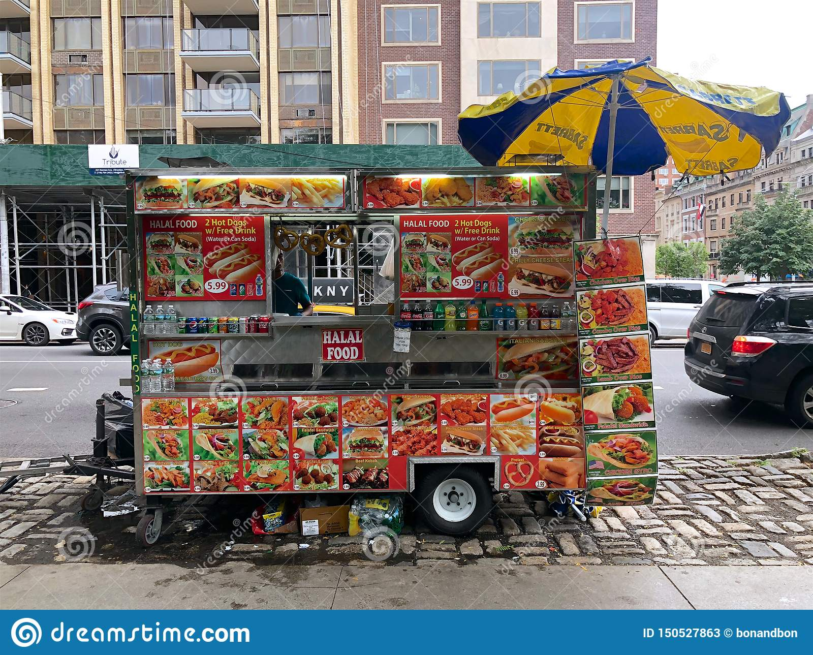 Food Trucks Vendors In New York City Usa Editorial Stock Photo Image Of Hamburger District 150527863