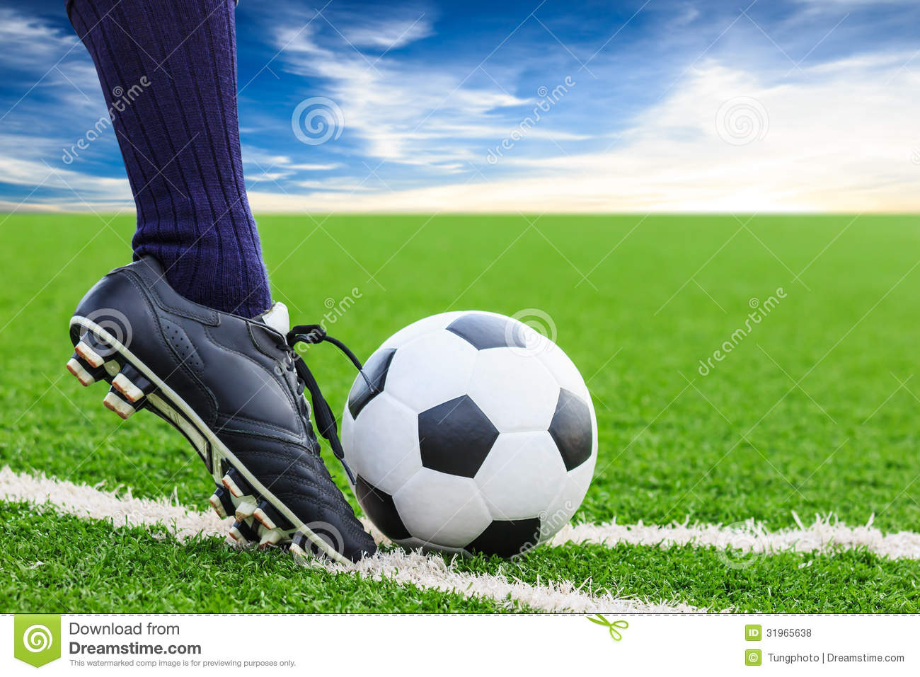 soccer the sport of kicking 09072013  anderson di, sidaway b coordination changes associated with practice of a soccer kick res q exerc sport 199465(2):93-99 chow jy, davids k, button c.