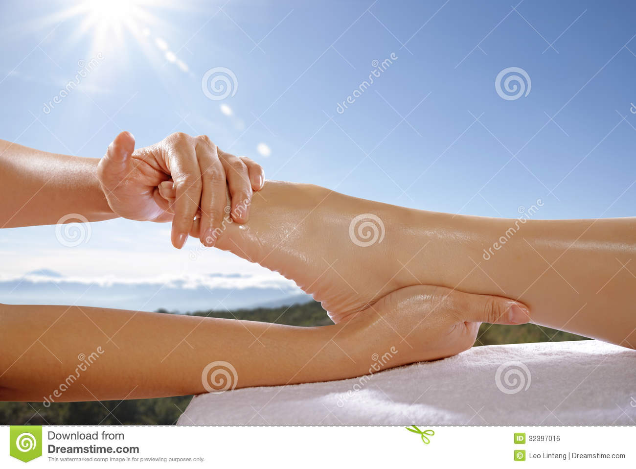 reflexology dissertation Generally requiring a research project and dissertation, as well as several years of study distance learning phd program in reflexology read more.