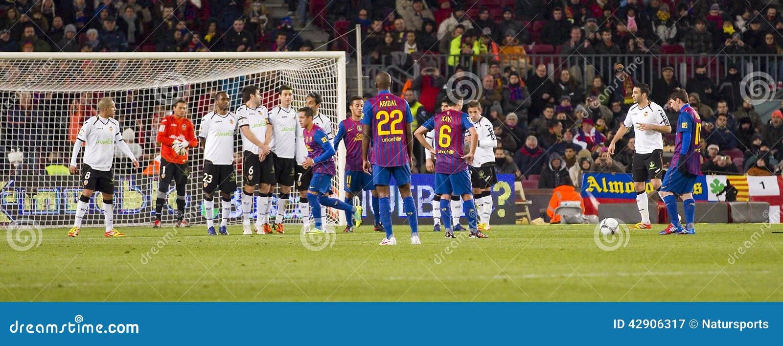 Football Free Kick Editorial Photography - Image: 42906317
