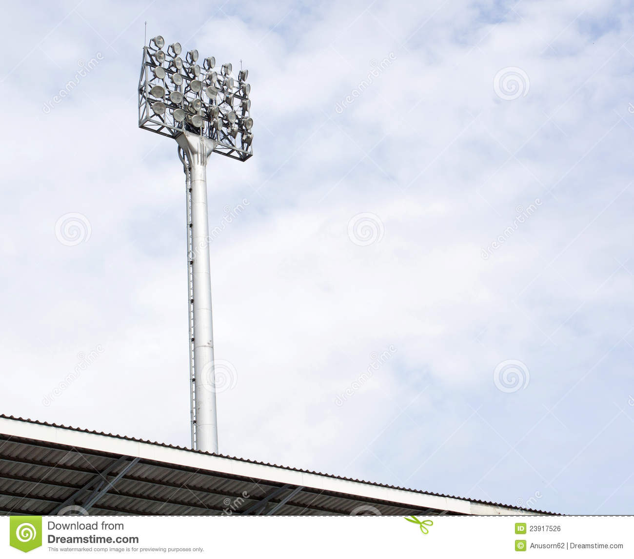 Stadium Floodlight Pole : A football stadium floodlight royalty free stock image