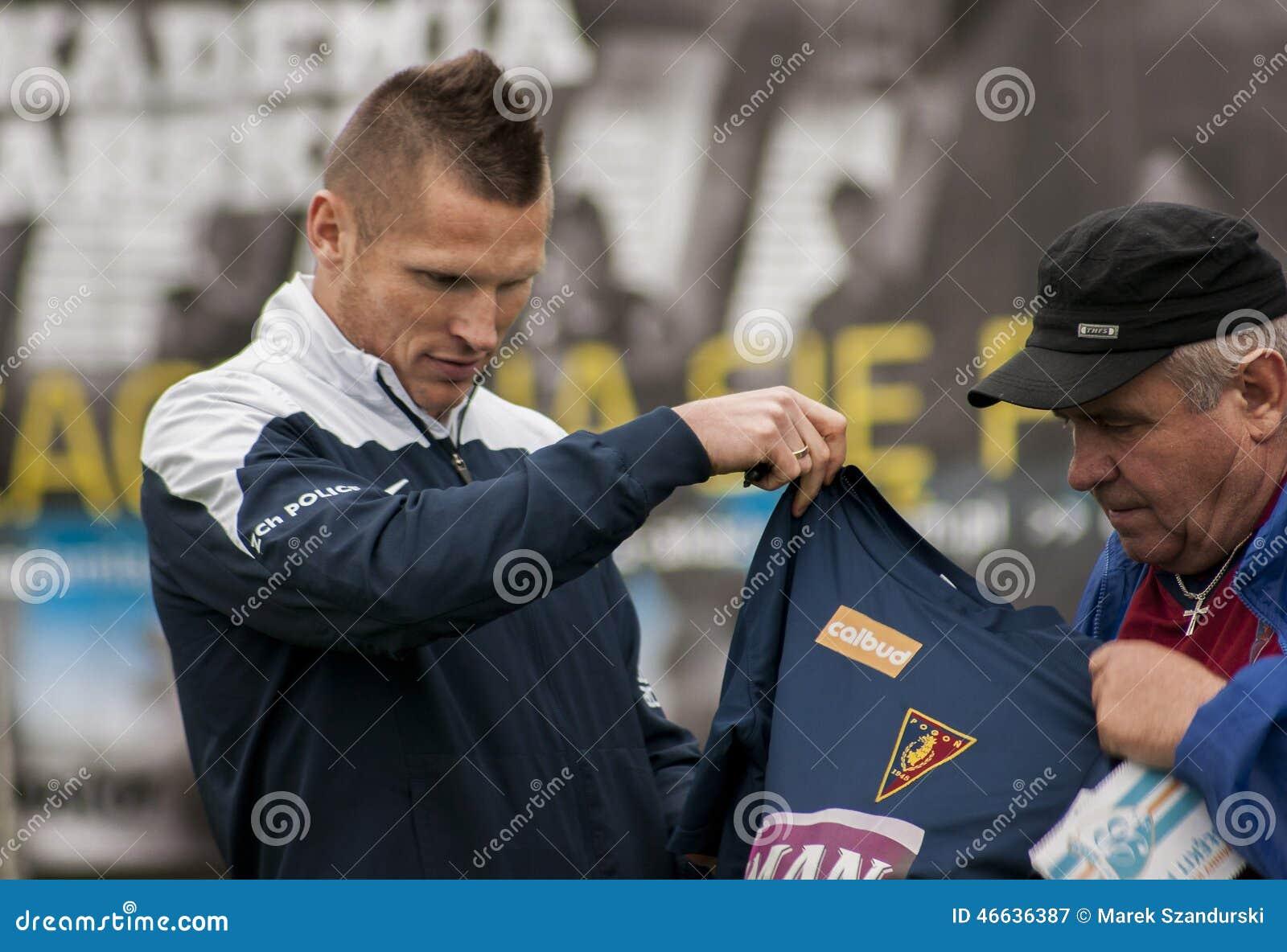 Footballer de Marcin Robak de Pogon Szczecin Pologne